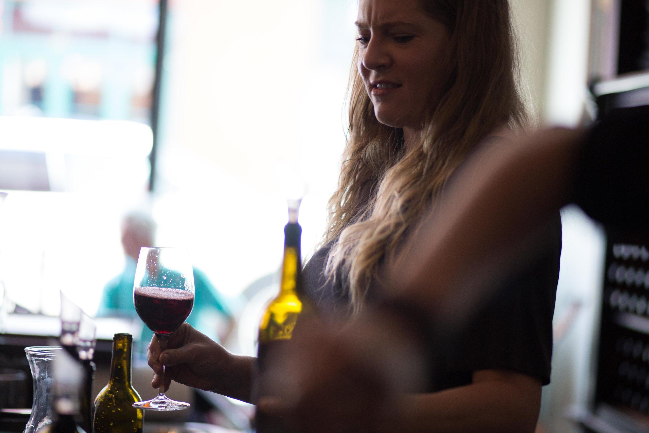 Hood River Wine Alliance Wine Walk Columbia Gorge Downtown Tasting Rooms Wineries Drink Taste Explore.jpg
