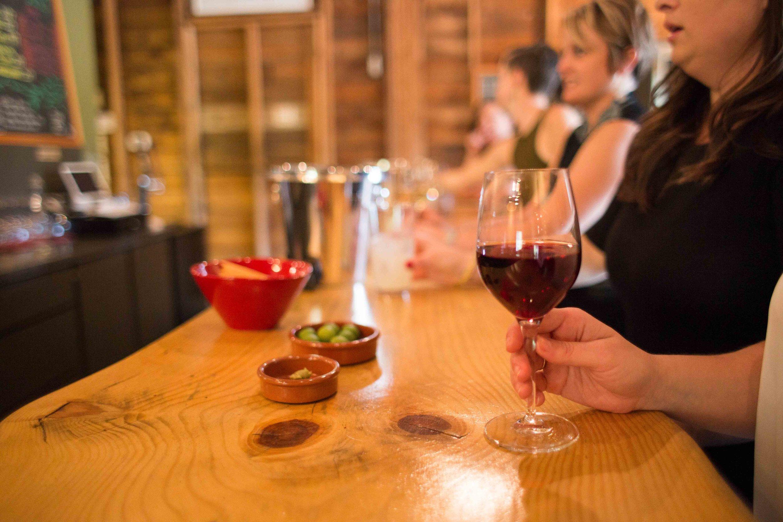 Hood River Wine Alliance Wine Walk  Columbia Gorge Downtown Tasting Rooms Wineries Drink Taste Explore-42.jpg