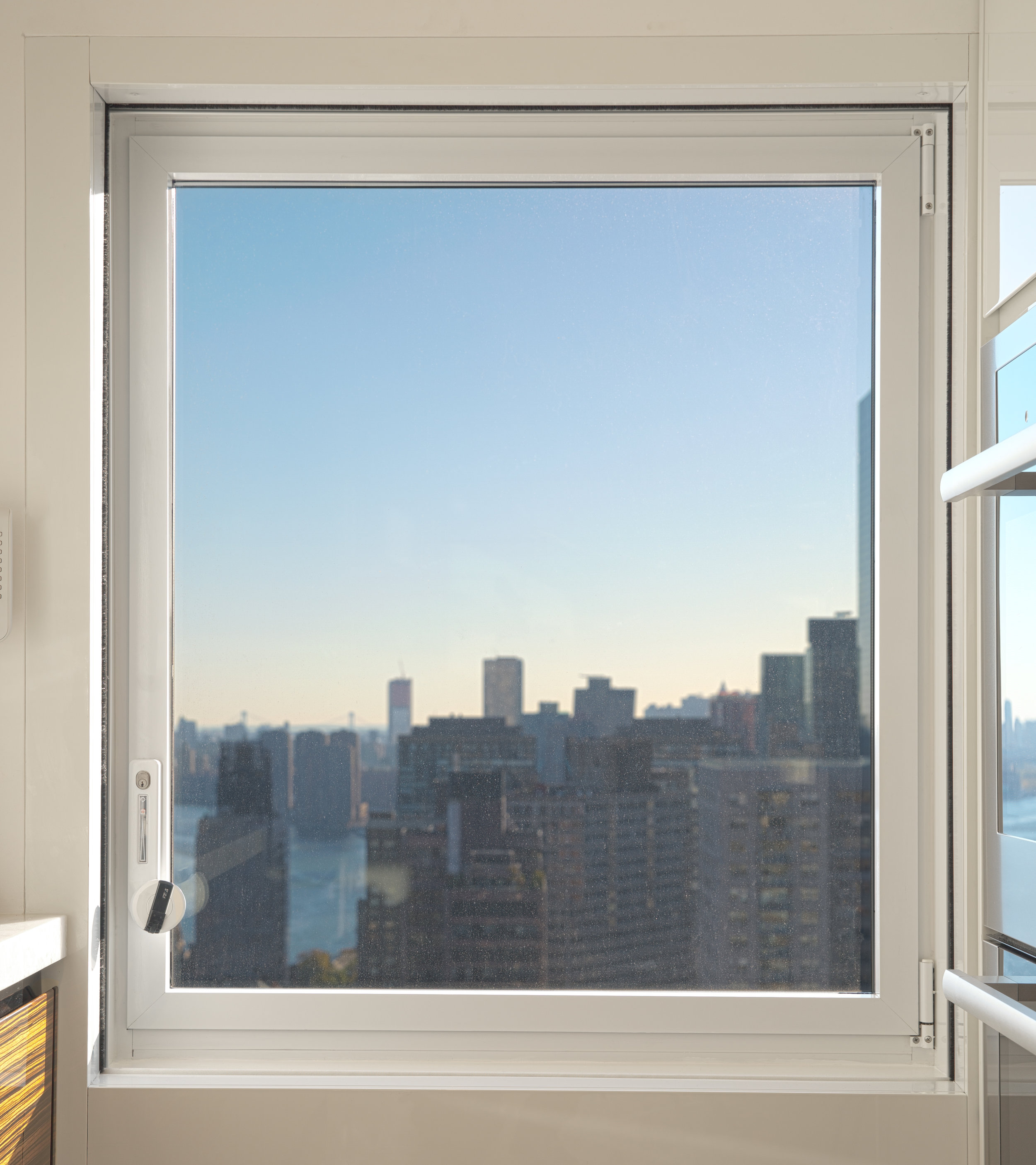 SkylineWindows_458E58St_05.jpg