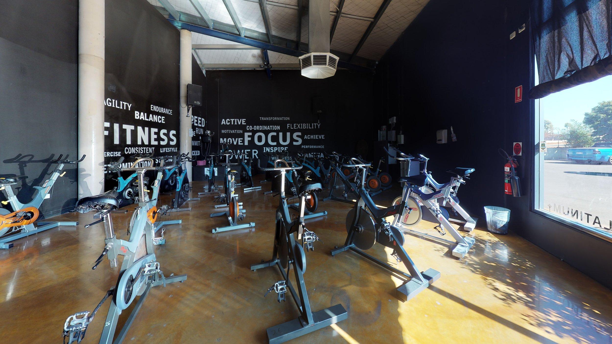 Fitness-Focus-Dining-Room (1).jpg
