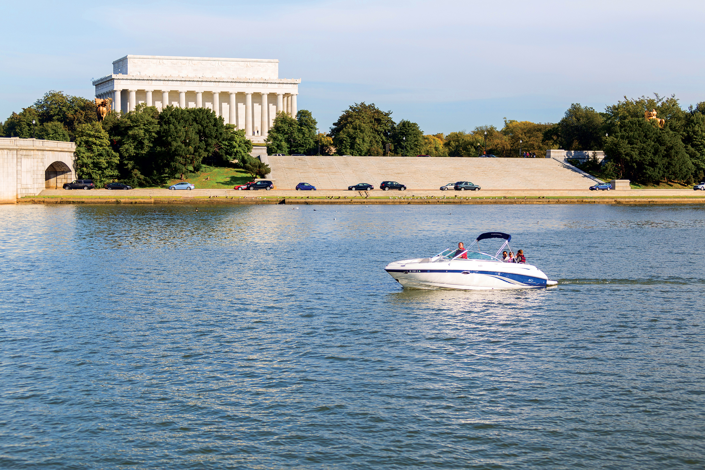 Idling-by-the-Lincoln-Memorial.jpg