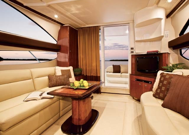 Embark Cruiser: Salon facing aft