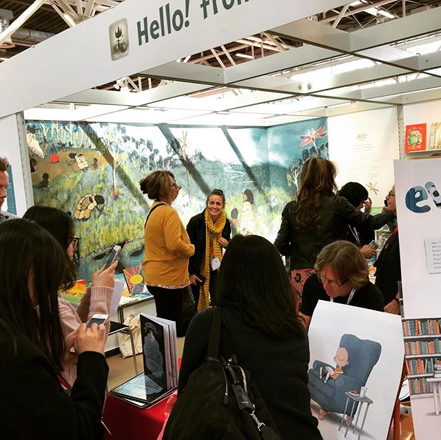 Big thanks to #booksillustrated for organising a top notch stand at #bolognachildrensbookfair. #childrensbooks #picturebooks #picturebooksofinstagram