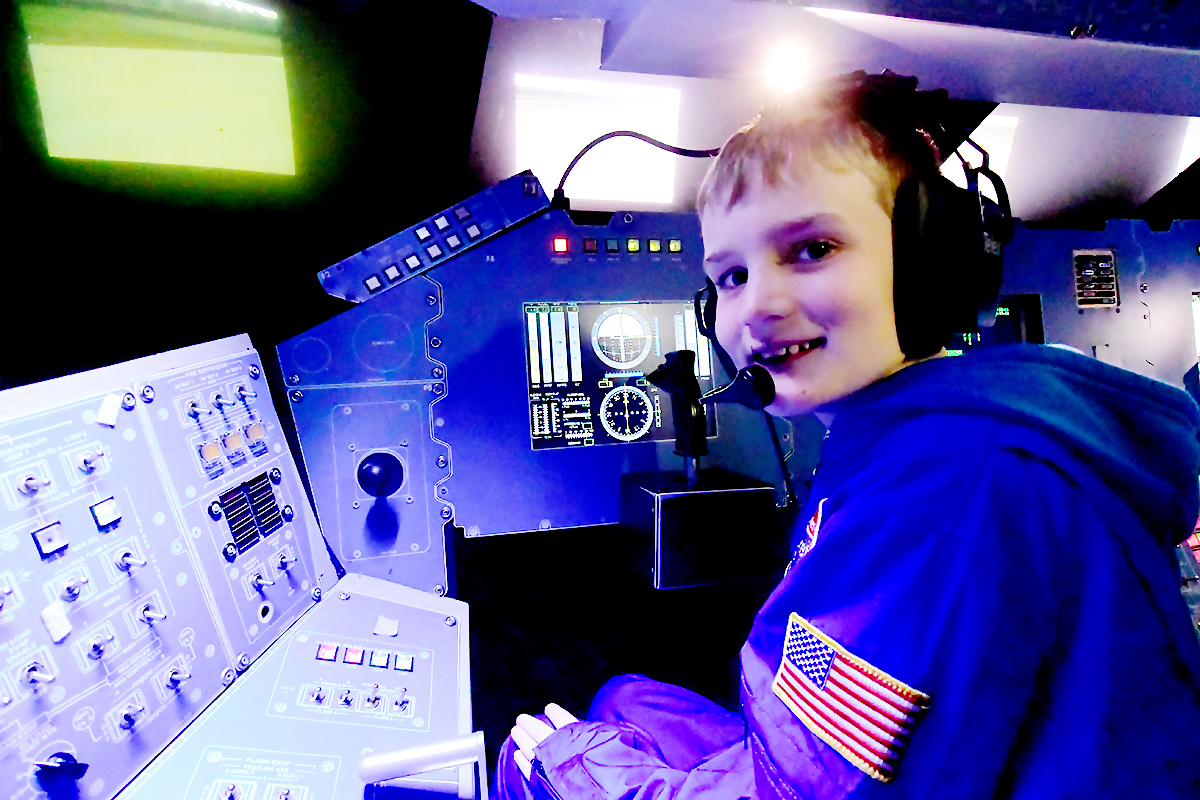 Junior Space School -