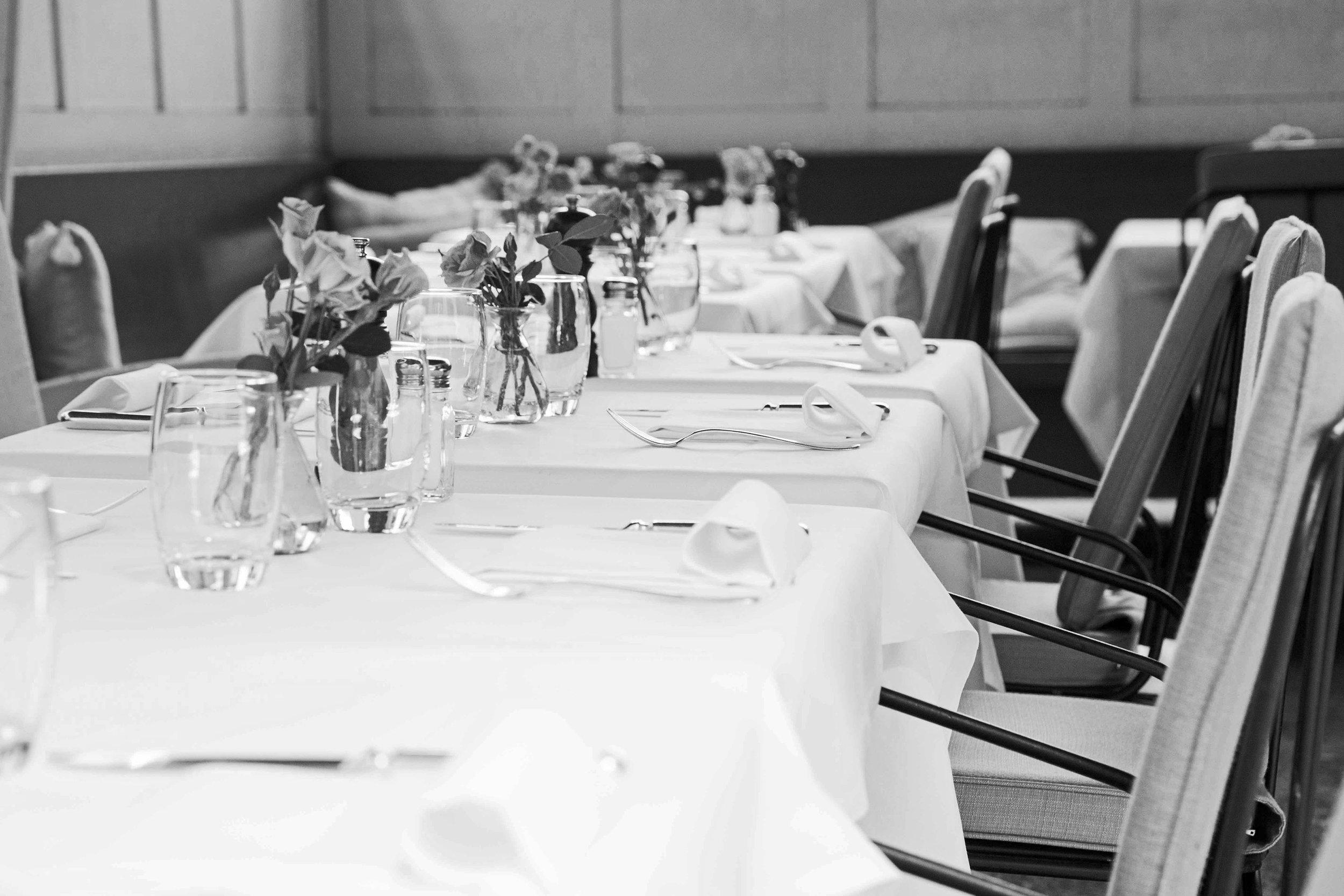 rosalys-restaurant-bar-zuerich-garten-sitzplatz