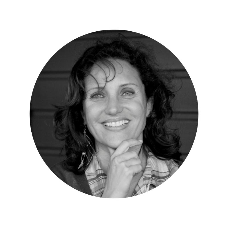 Catherine Berthilliet - Founder @ShamengoAprès avoir dénoncé pendant 20 ans ceux qui détruisent le monde dans ses enquêtes d'investigation pour les grandes chaînes de télévision françaises, Catherine Berthillier décide, en 2008, de mettre ses compétences et son large réseau de contacts en France et à l'étranger en créant Shamengo, une association et plateforme qui met en avant les entrepreneurs impliqués dans l'innovation verte, sociale et digitale afin de un créer un monde de demain plus respectueux pour tous.