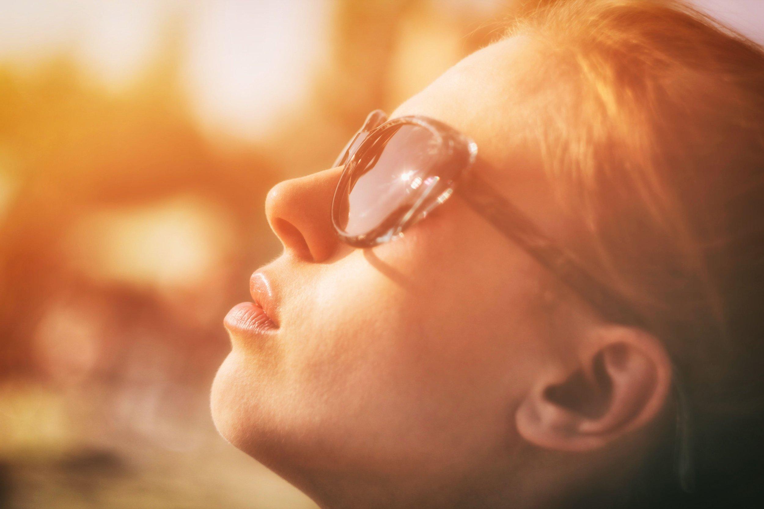 sunlight on face nutrigenomics.jpg