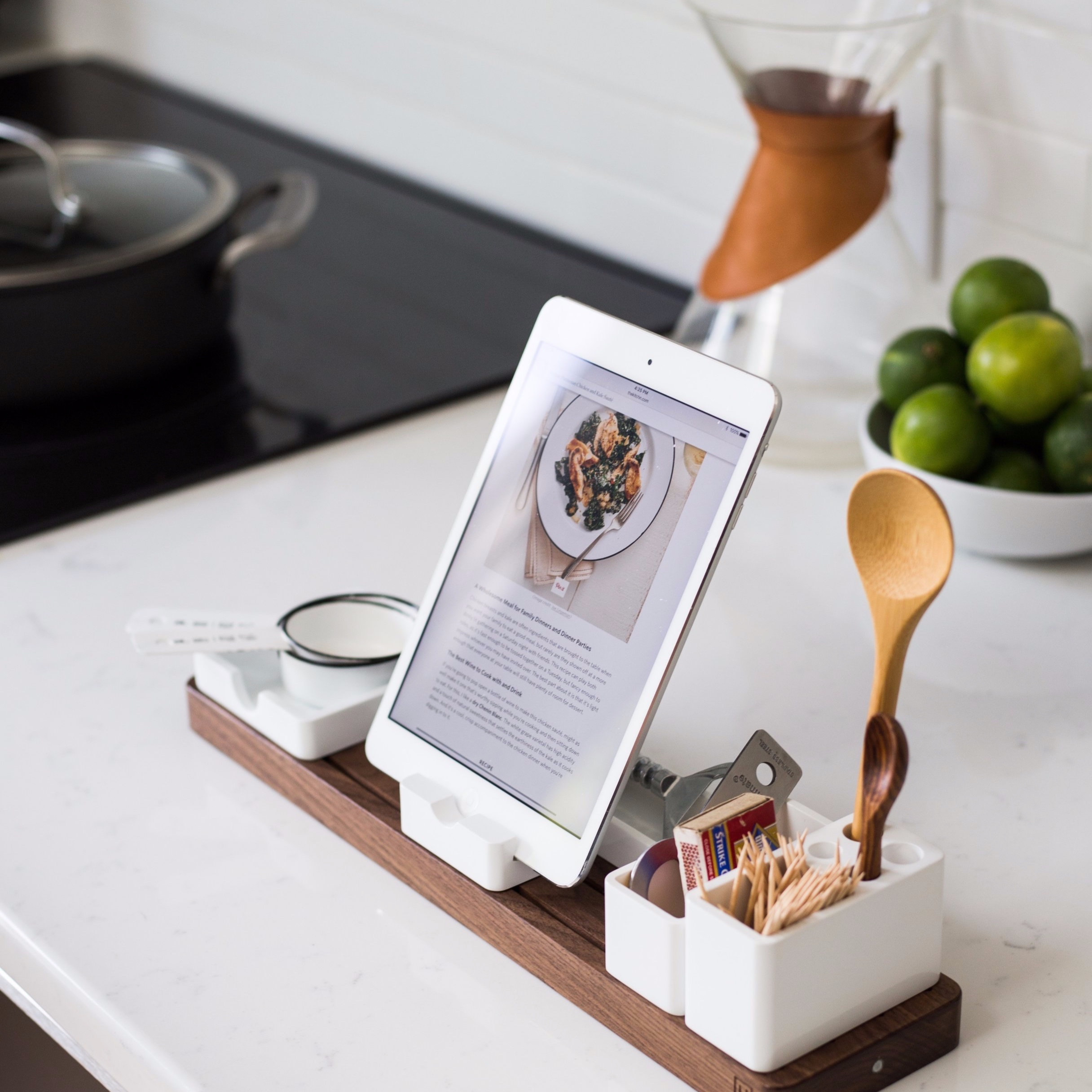 Online Classes - From home basics to professional skills, The Genomic Kitchen's online coursework transforms the kitchen into a center for health and longevity.
