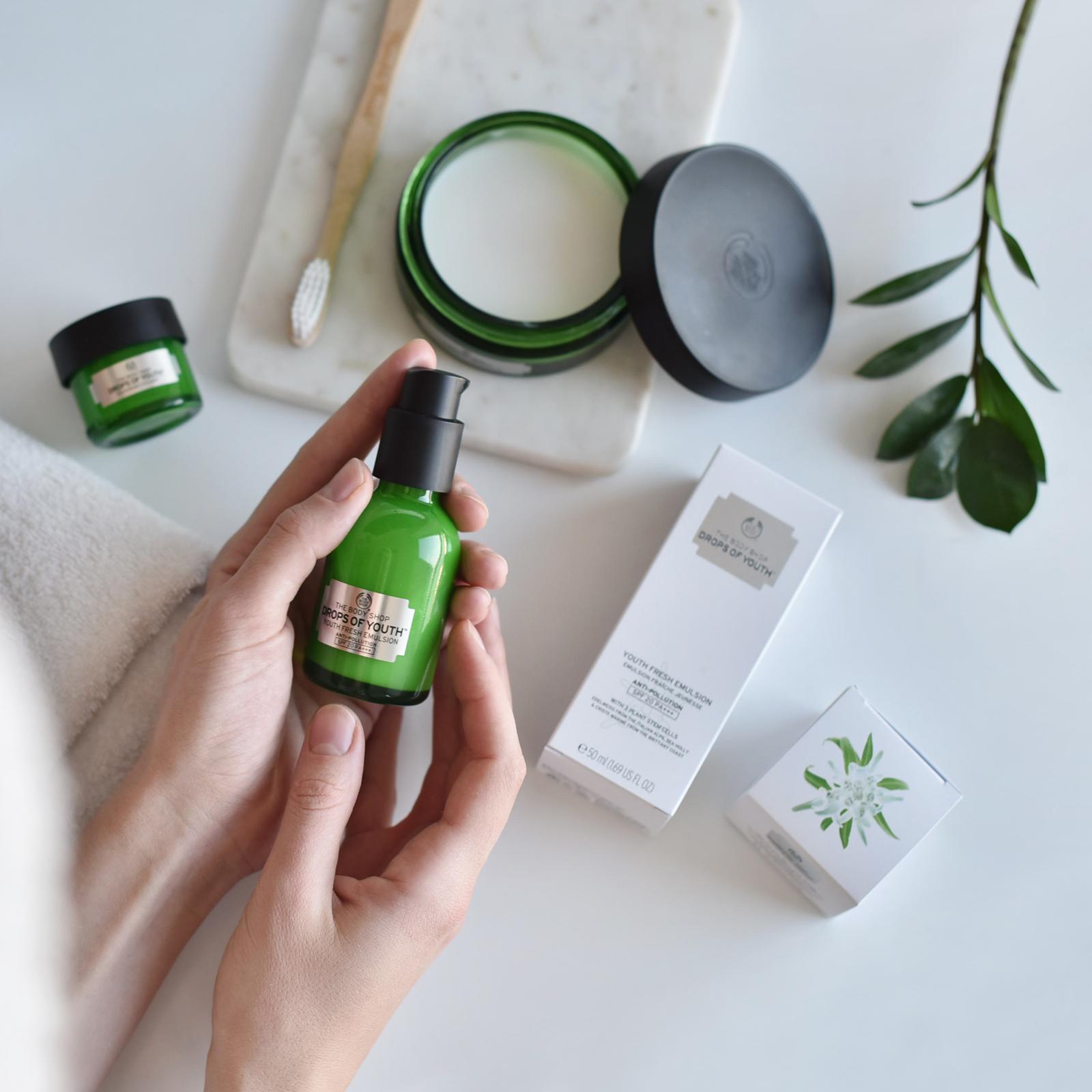 Advertisement for The Body Shop  https://www.instagram.com/thebodyshop/