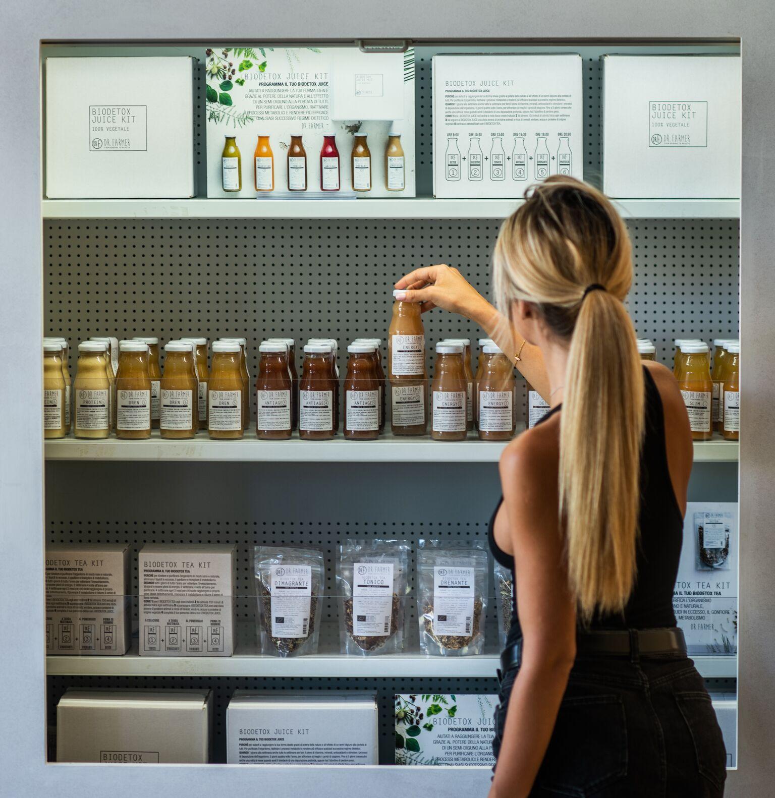 COLD PRESSED JUICE VS SUCCHI PRESSATI A FREDDO - Il successo dell'estrattore di succhi ha causato un boom nella popolarità di smoothies ed estratti di frutta