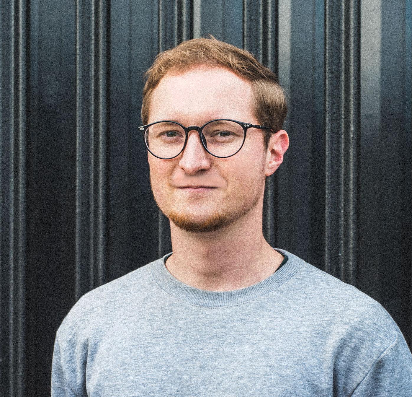TOM, Editor