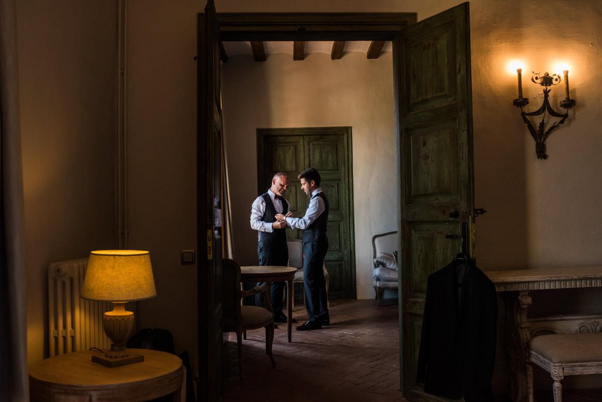 wedroads-boda-hotel-can-mora-de-dalt-punzano-fotografia-bodas-barcelona-weddings-destination-14.jpg