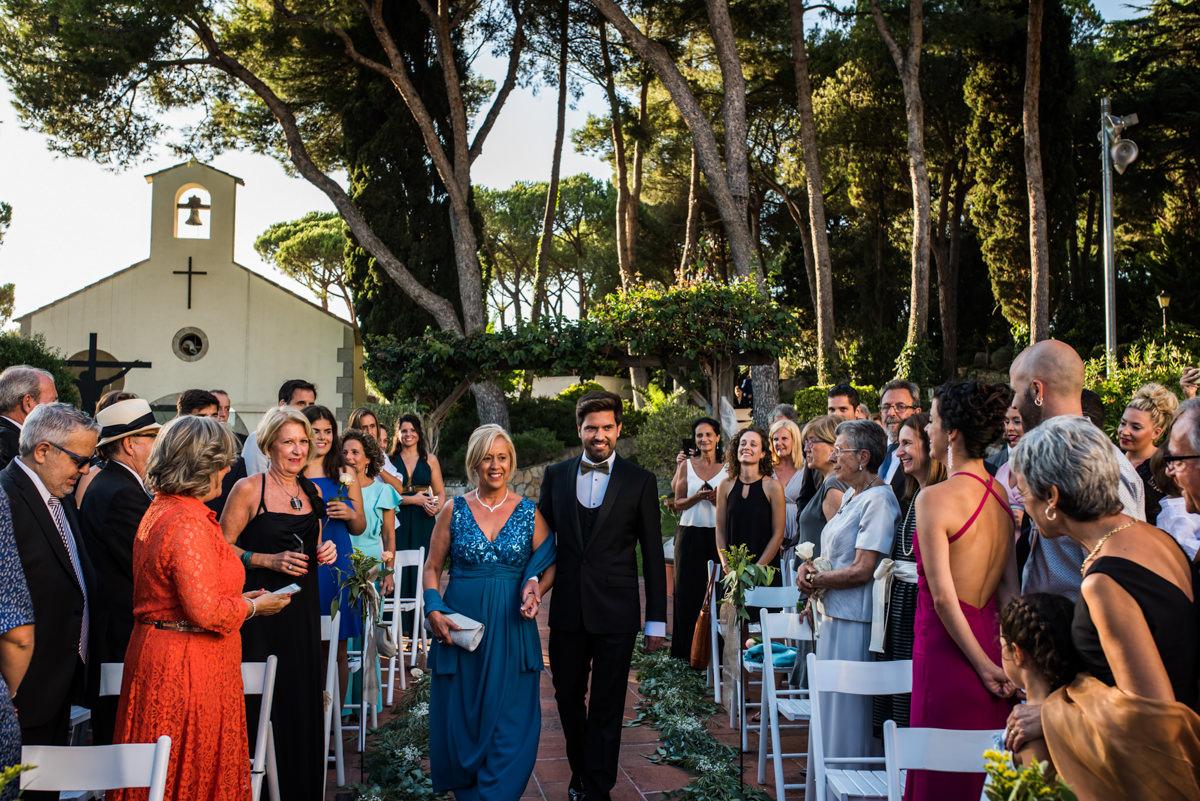 wedroads-boda-hotel-can-mora-de-dalt-punzano-fotografia-bodas-barcelona-weddings-destination-22.jpg