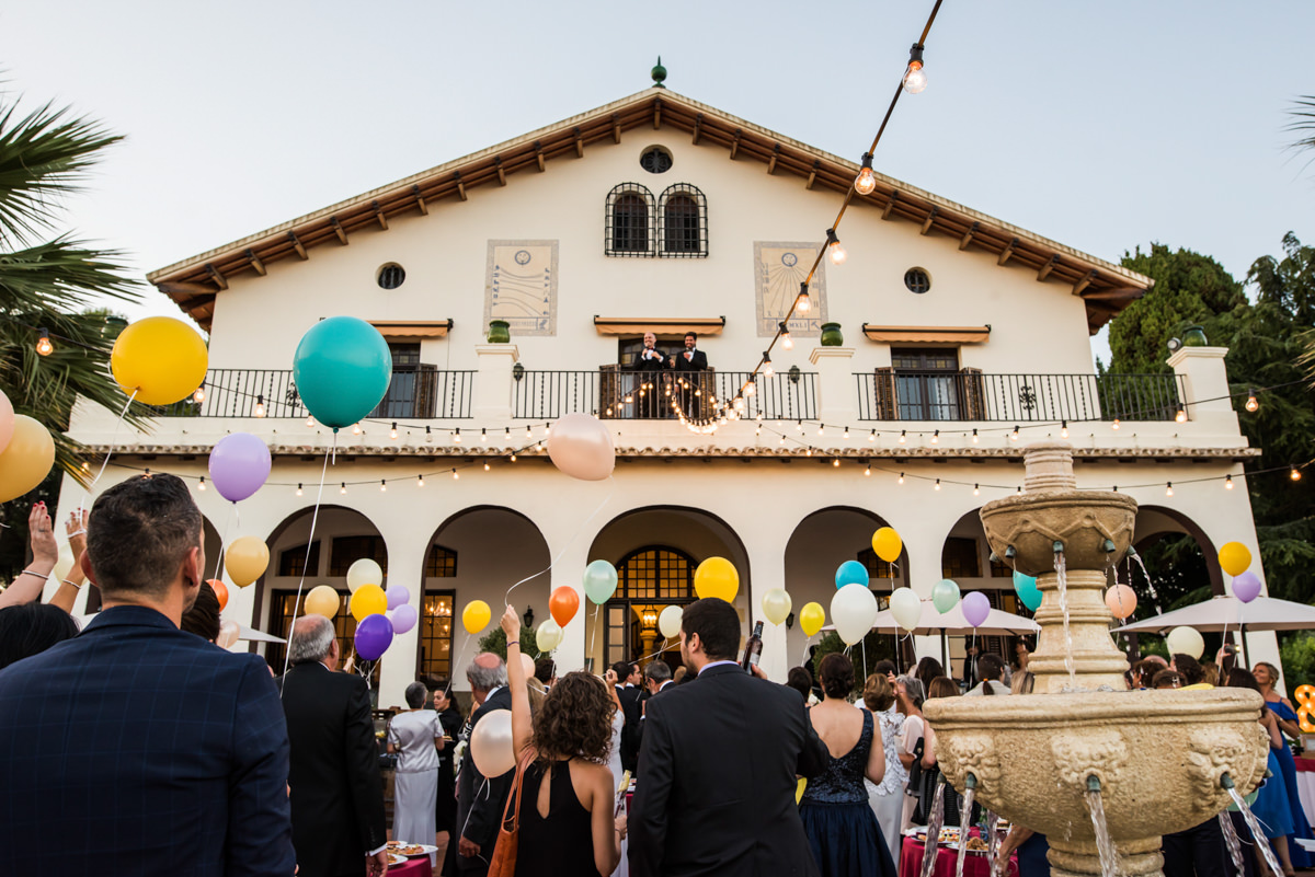 wedroads-boda-hotel-can-mora-de-dalt-punzano-fotografia-bodas-barcelona-weddings-destination-34.jpg