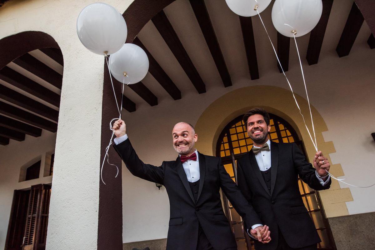wedroads-boda-hotel-can-mora-de-dalt-punzano-fotografia-bodas-barcelona-weddings-destination-36.jpg