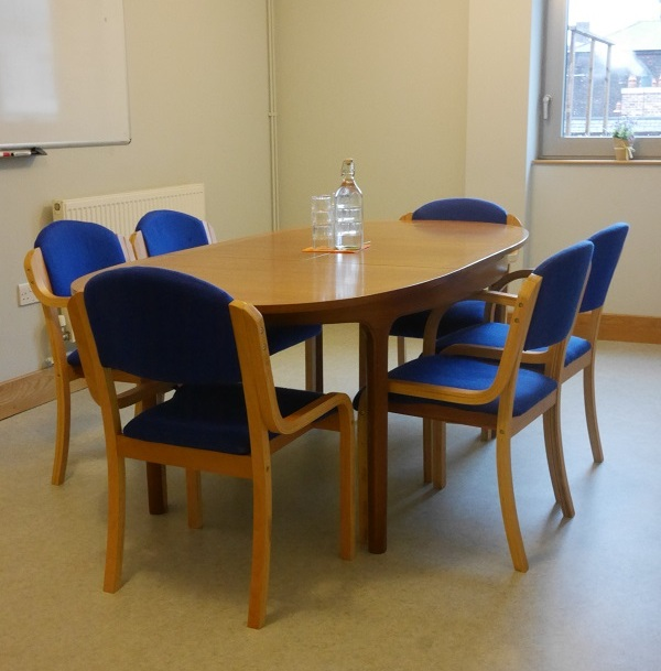 elizabeth fry - LocationThe Elizabeth Fry Room is situated on the third floorSet UpIt seats 6/8 people around an oval tableCost£12.50 per hour