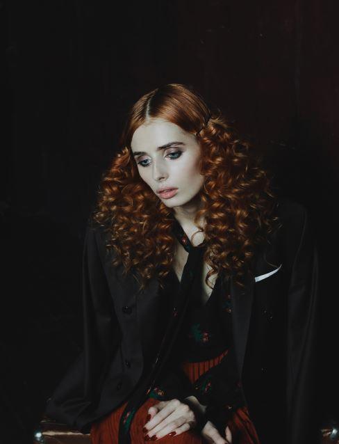 red curls 4.JPG