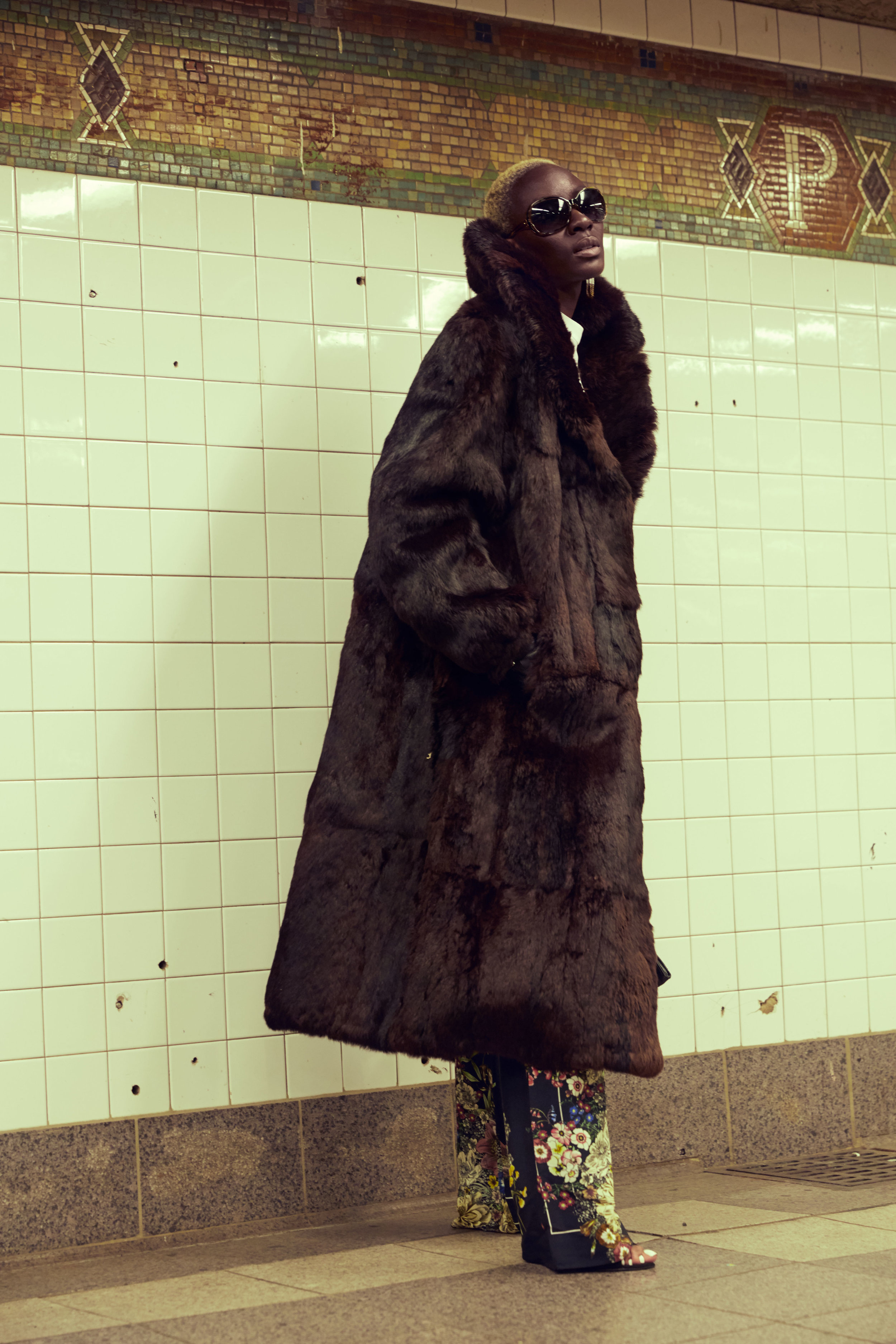 Coat: Henig Furs by Quantaj  Top: BCBG Max Azria  Pants: Zara  Shoes: Steve Madden  Gloves: Catherine's  Shades: Vintage  Earrings: Erica Lyons  Purse: Sondra Roberts