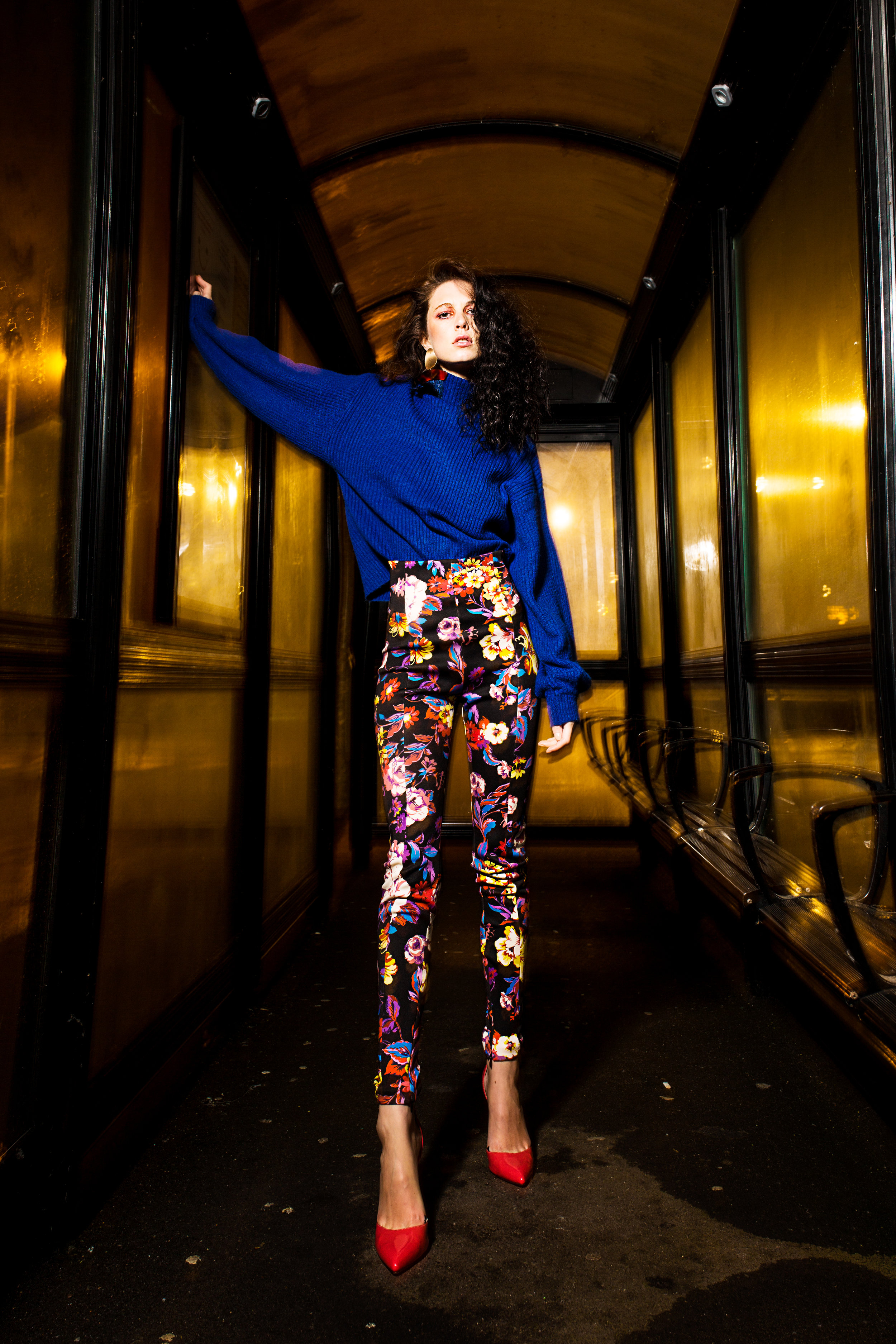 Blue jumper - New Look @newlookfashion Patterned trousers - Zara @zara Pink shoes - Office - @officeshoes