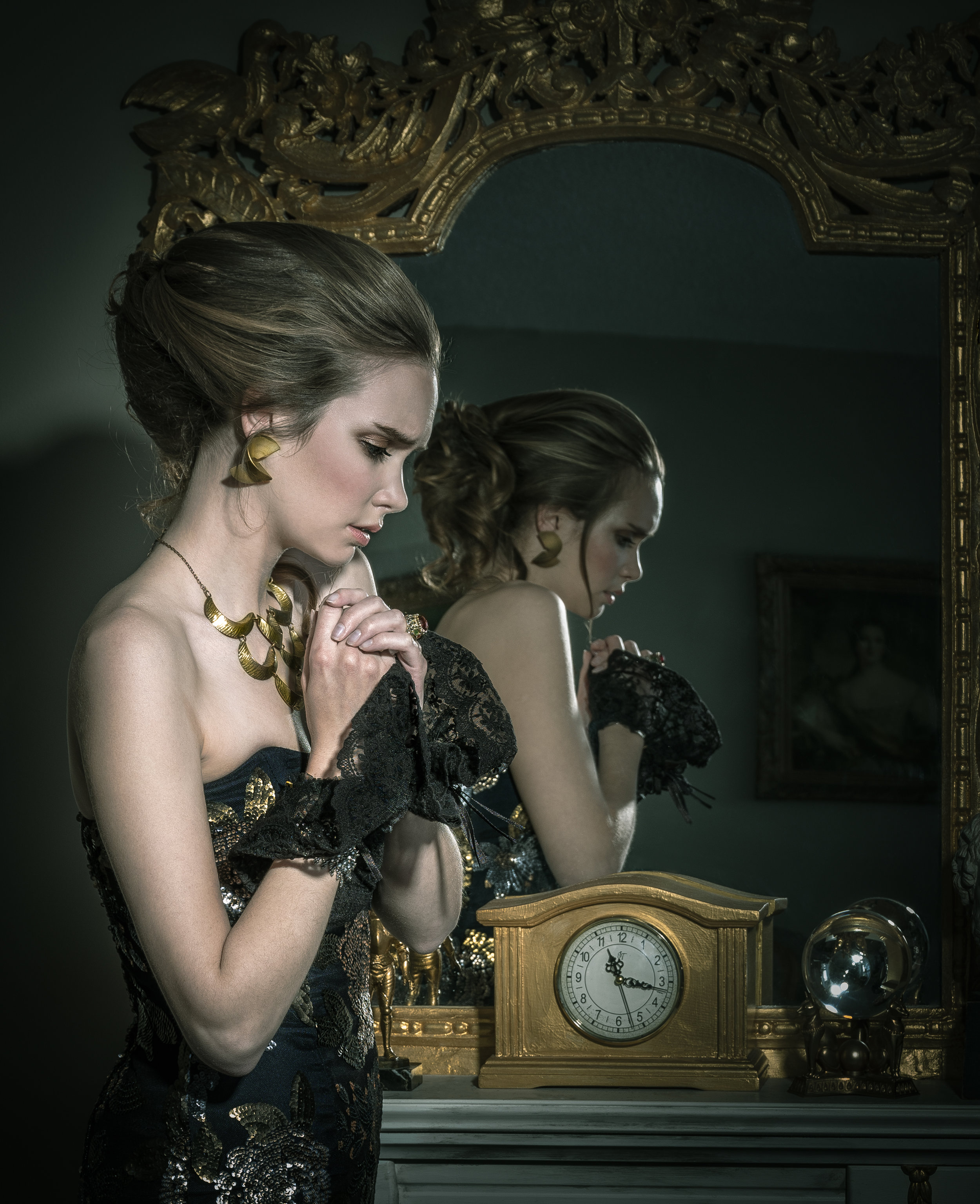 gown: Marie Copps accessories: Obsessions