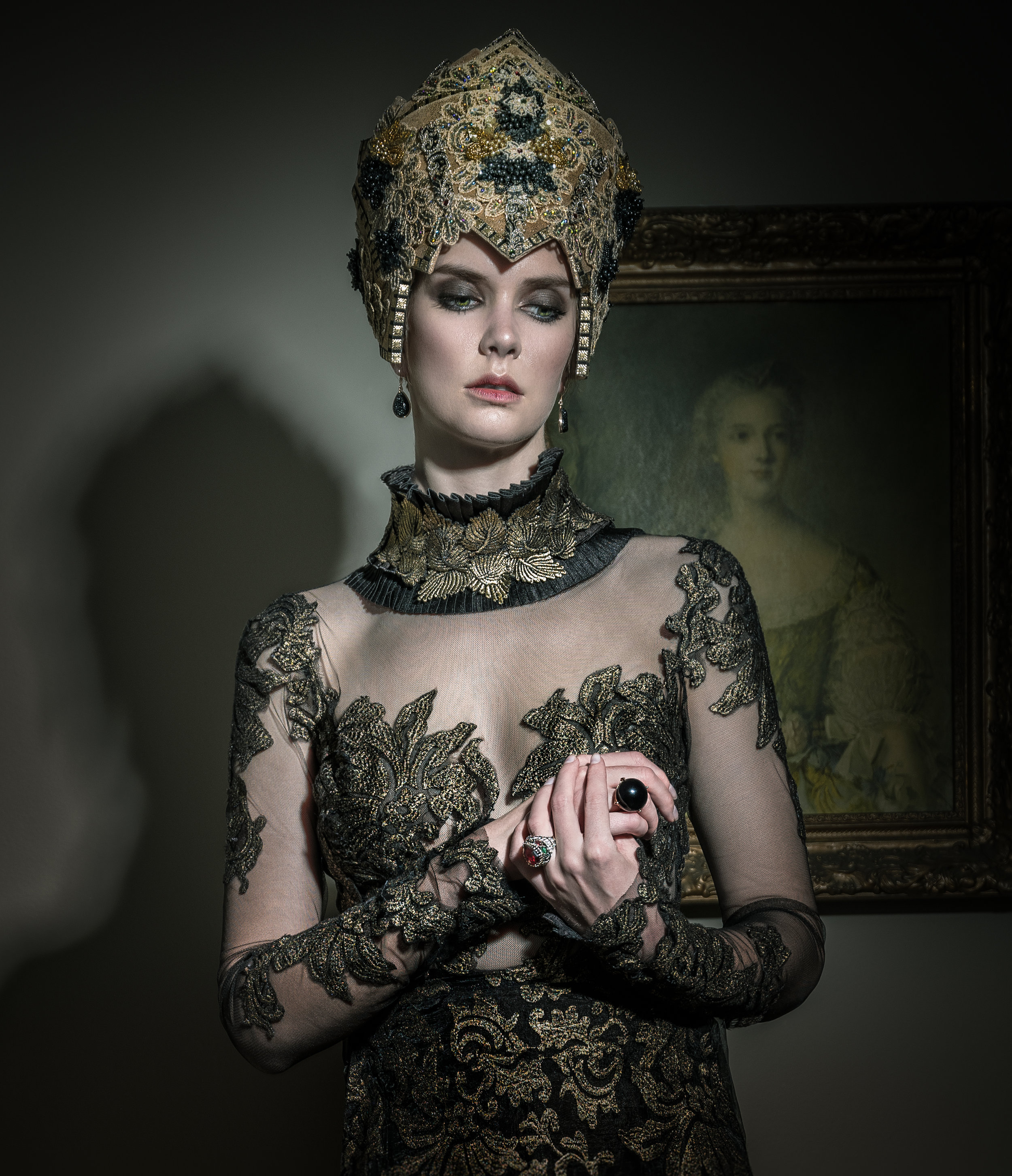 gown: Narces headpiece and choker: Marie Copps jewellery: Penwarden