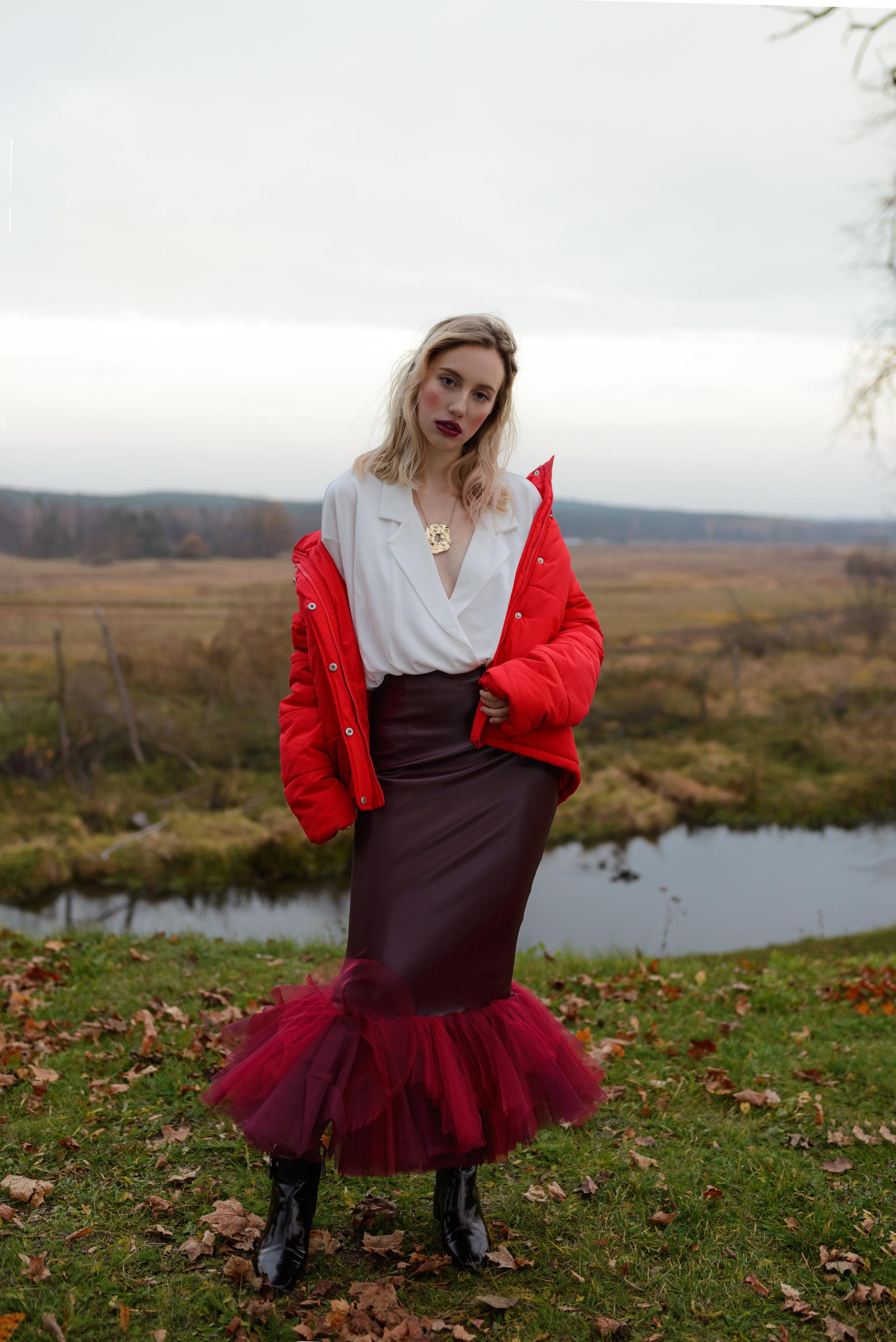 Shirt - H&M  Skirt - Okult Brand  Shoes - Zara  Jacket - Mango  Necklace - H&M
