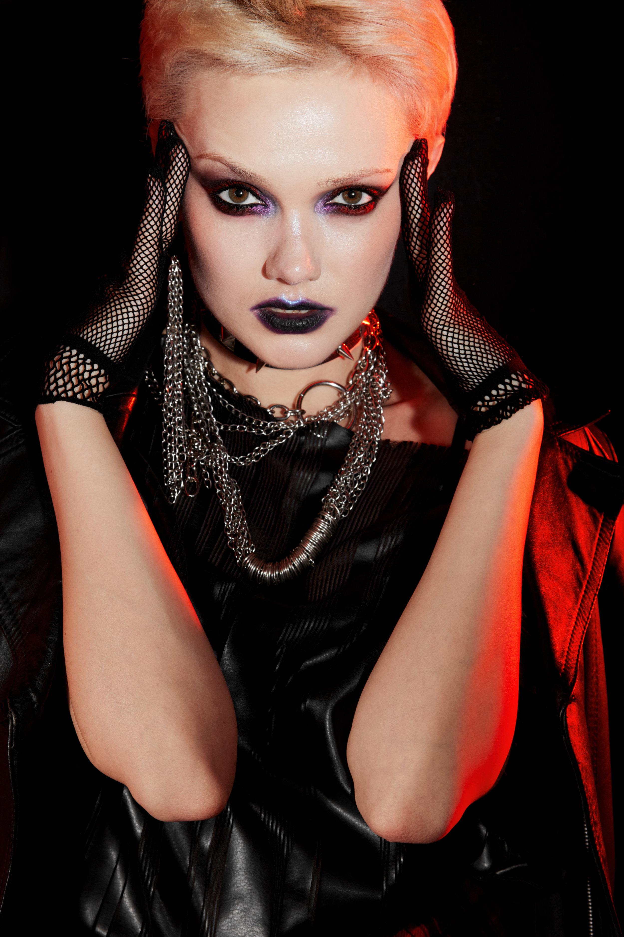 Leather jacket, leather coat - Nadezda Sizova Chains, mesh gloves - Stylist property
