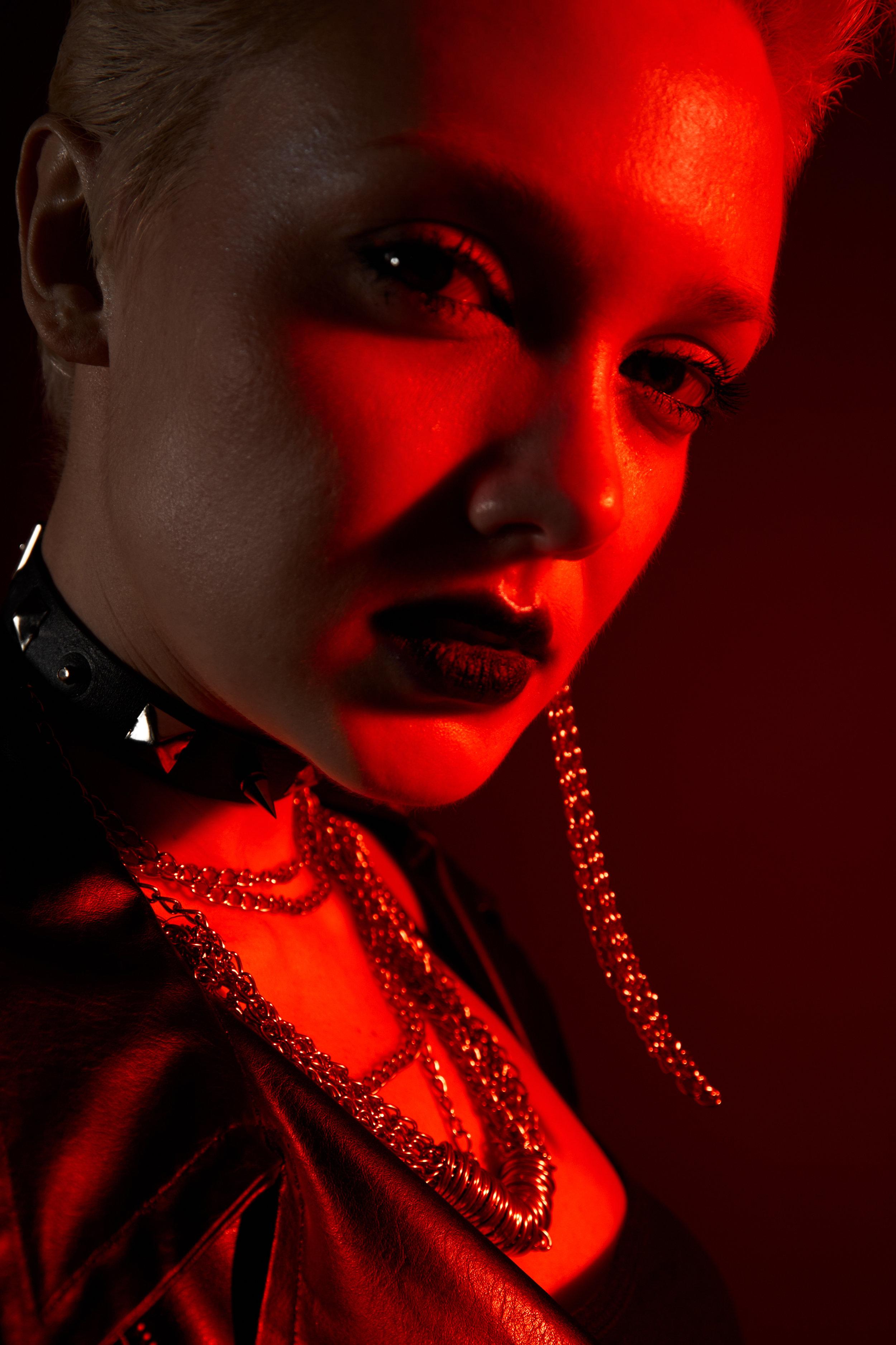 Leather vest - designer Nadezda Sizova Chains - Stylist property