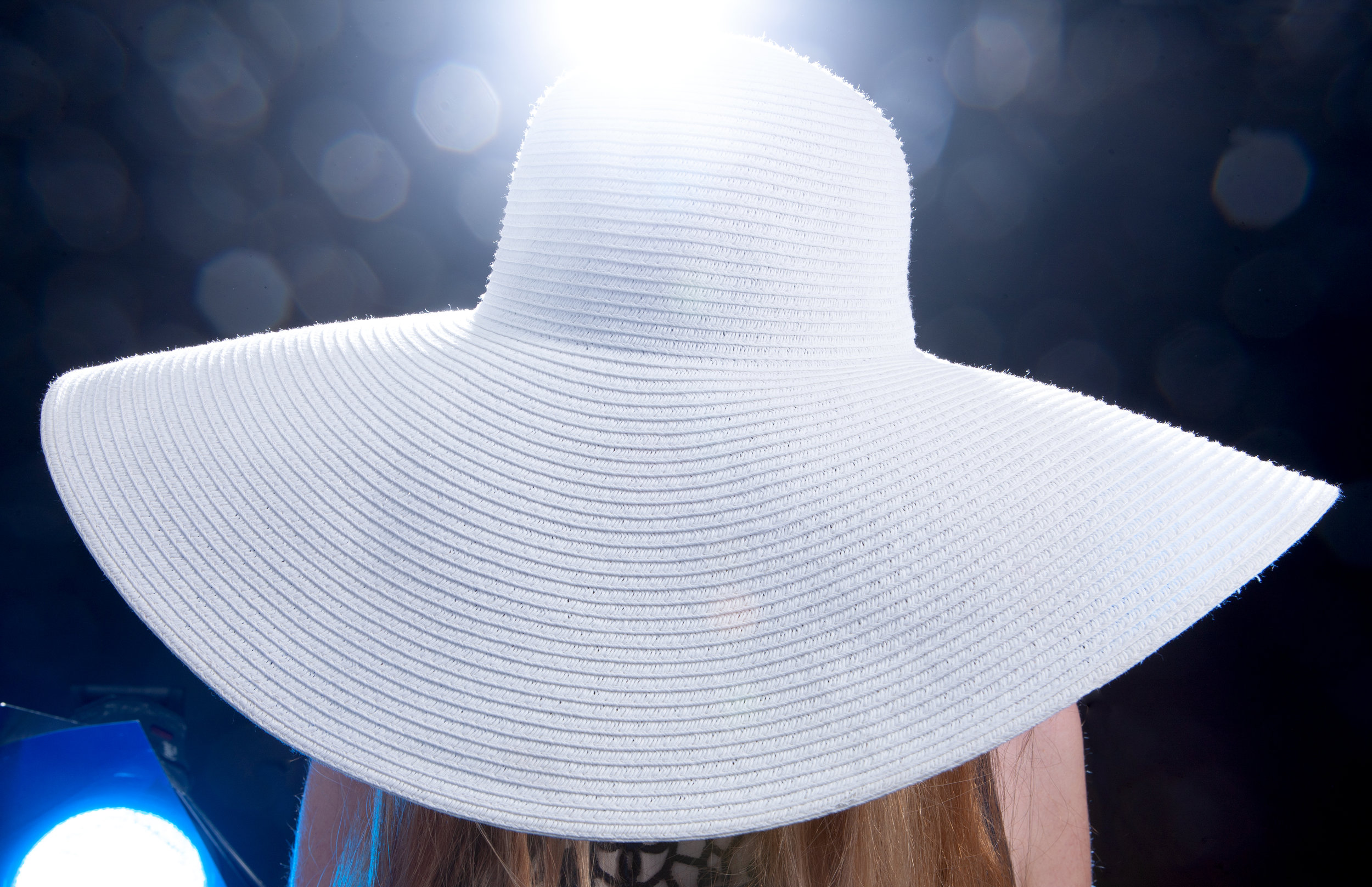 Hat: LAWLIET Dress: CLUB LONDON