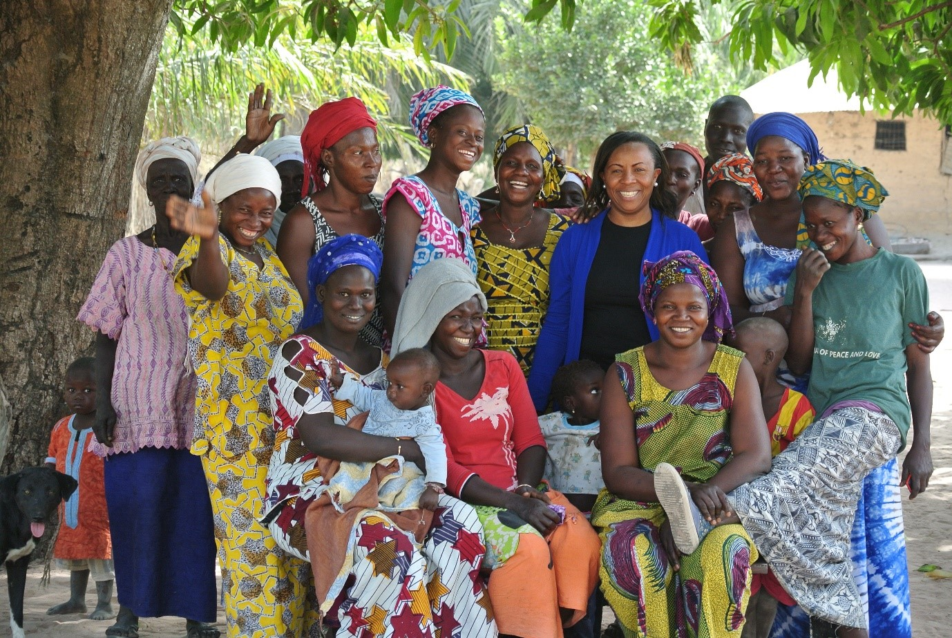The women of Ouniock's first farmer group [and Janet, from Traidcraft's Kenya office]