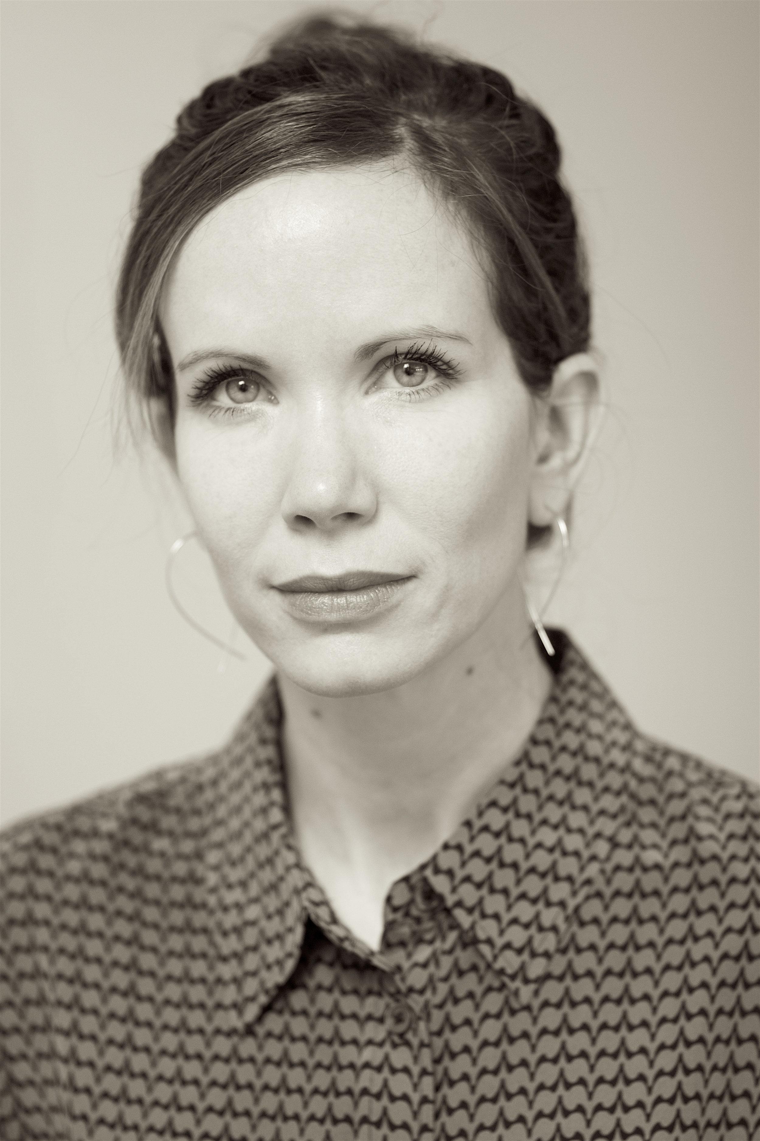 Dr Roni Gavish -  Chartered Clinical Psychologist