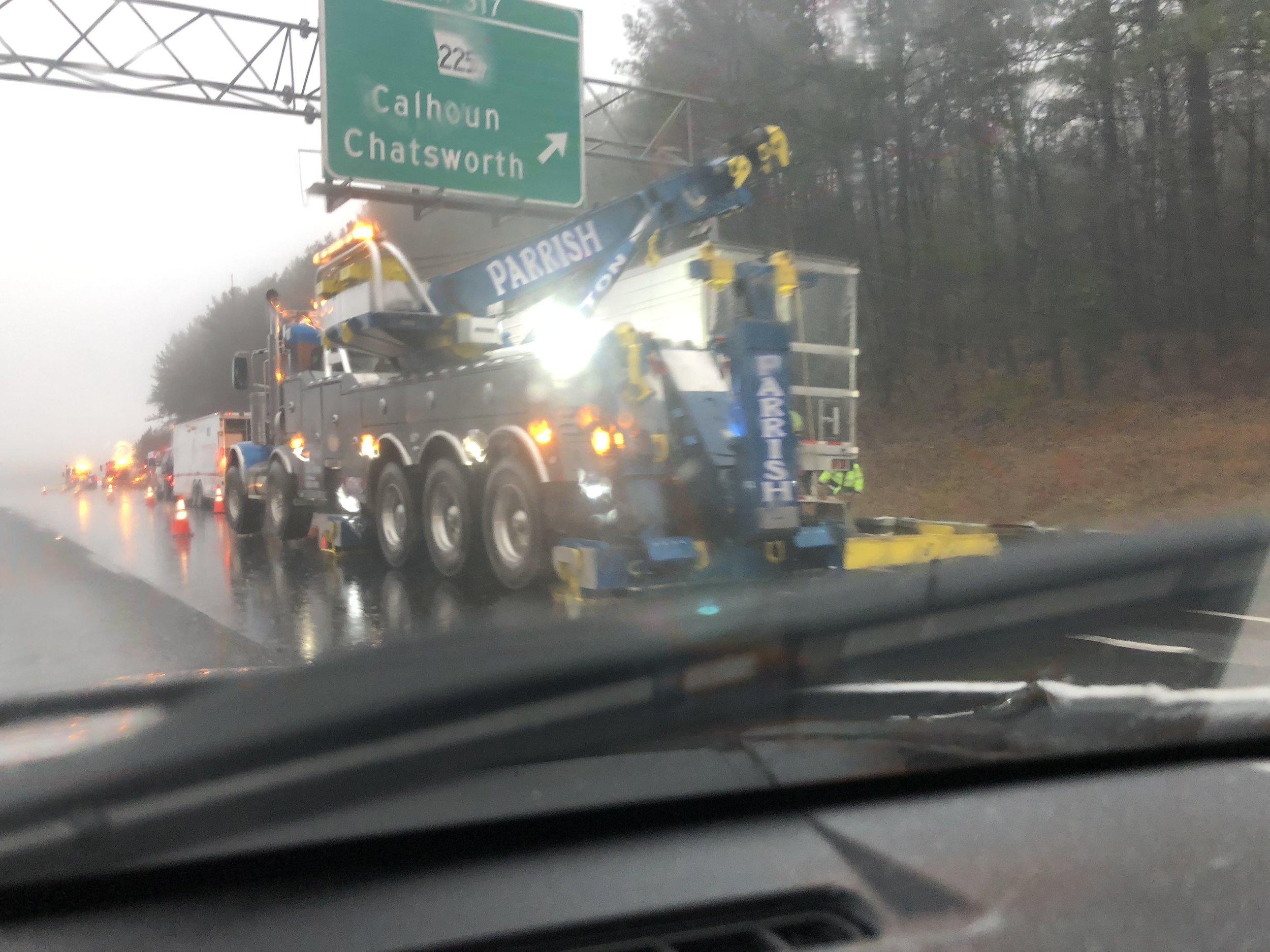 tractortrailerwreck.jpg