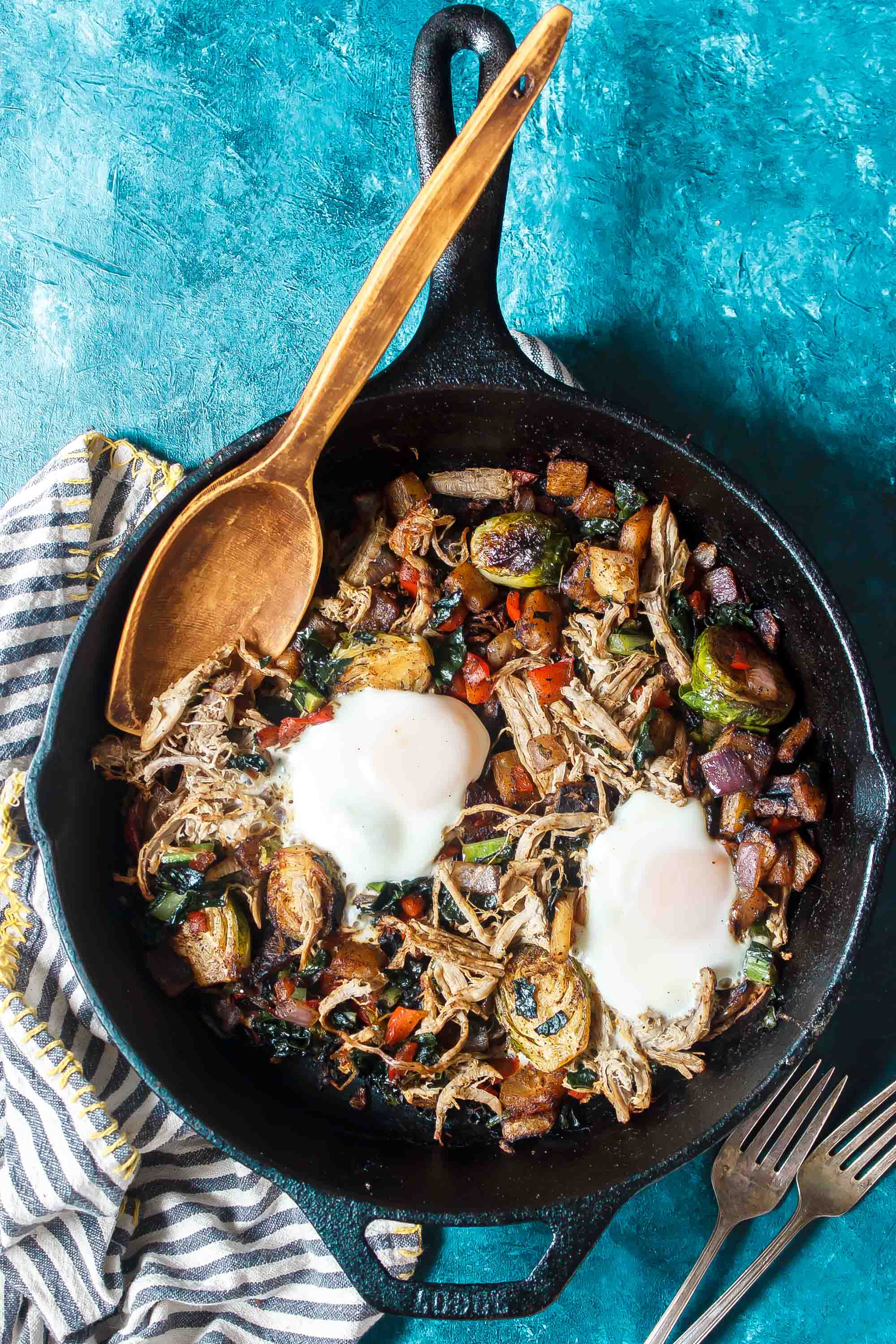 Low-Carb Smoky Pulled Pork Breakfast Hash
