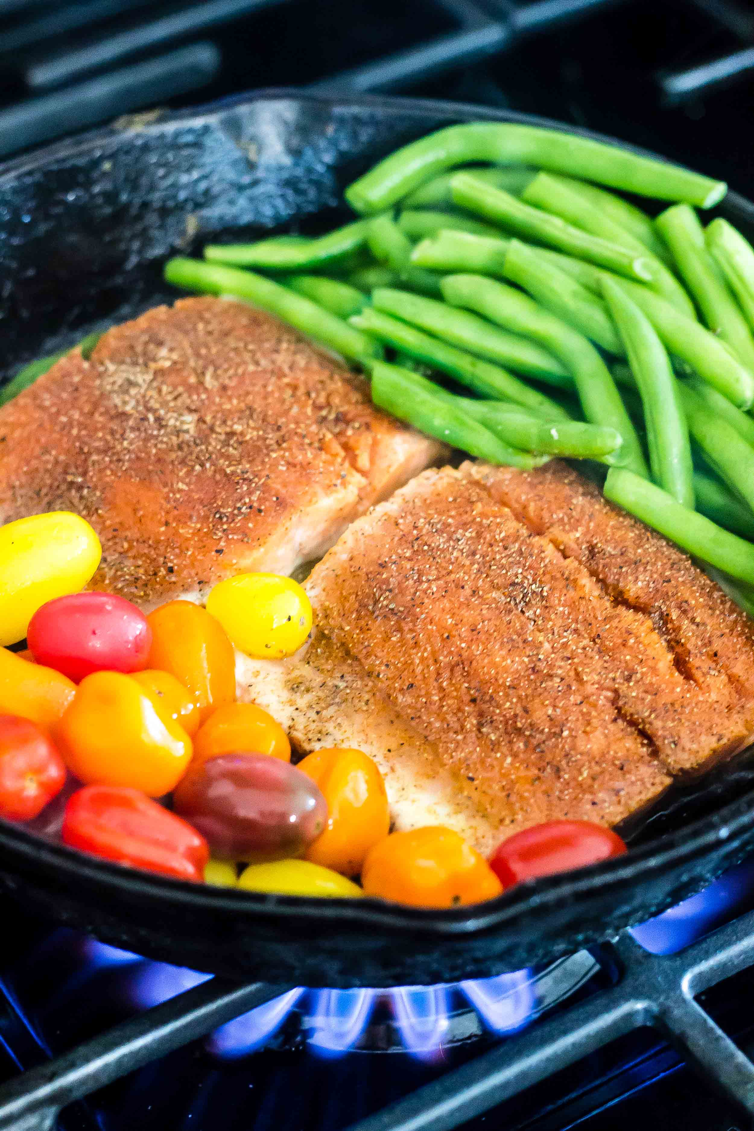 Salmon with Burst Tomatoes and Green Beans_-5.jpg