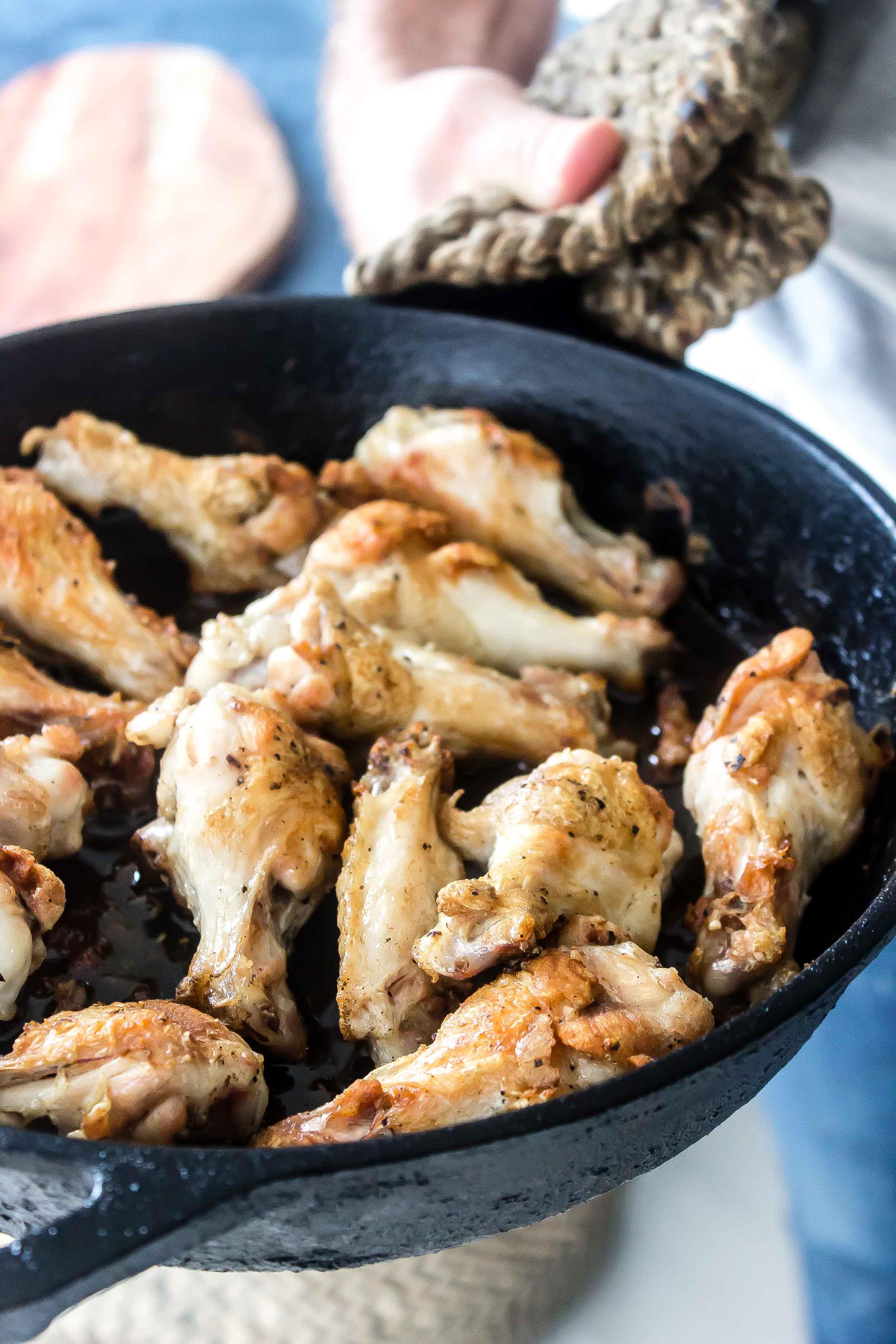 Keto Chicken Wings Skillet
