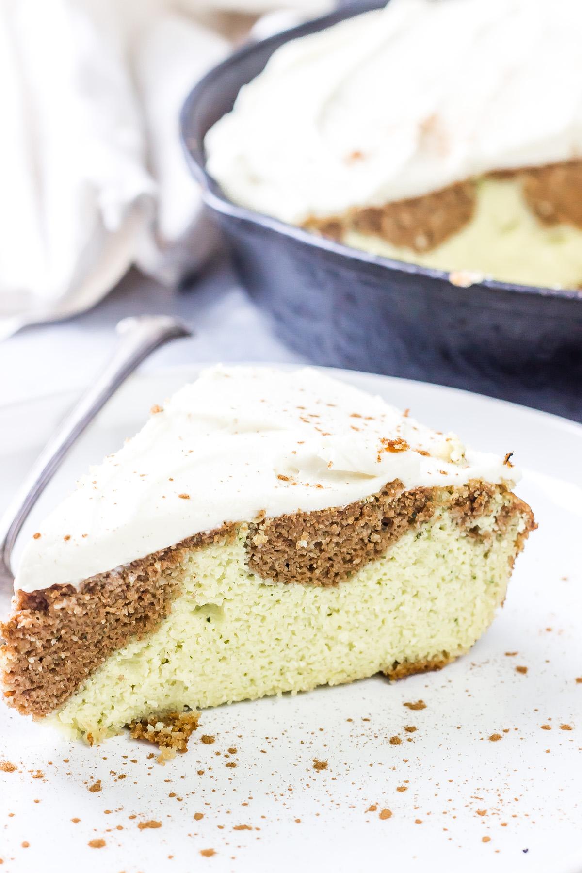 Keto Cinnamon Roll Cake