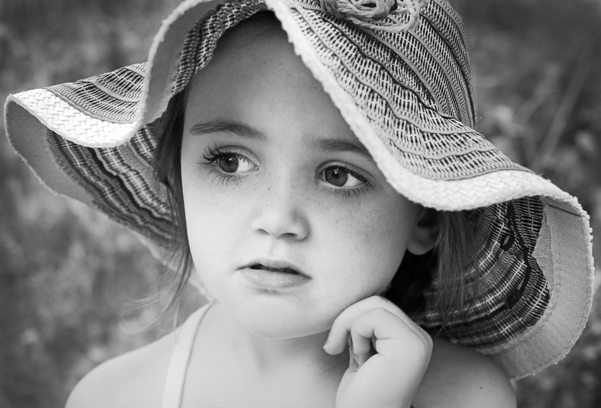 Portrait-Ella.jpg
