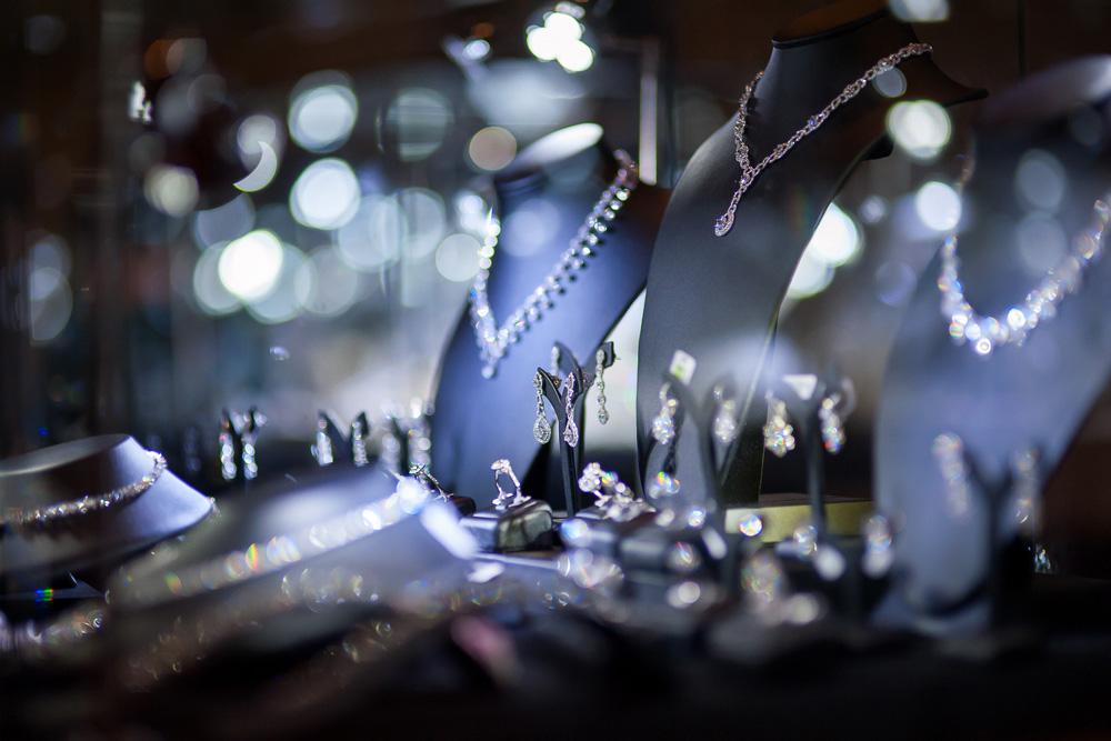 jewellery-display.jpg
