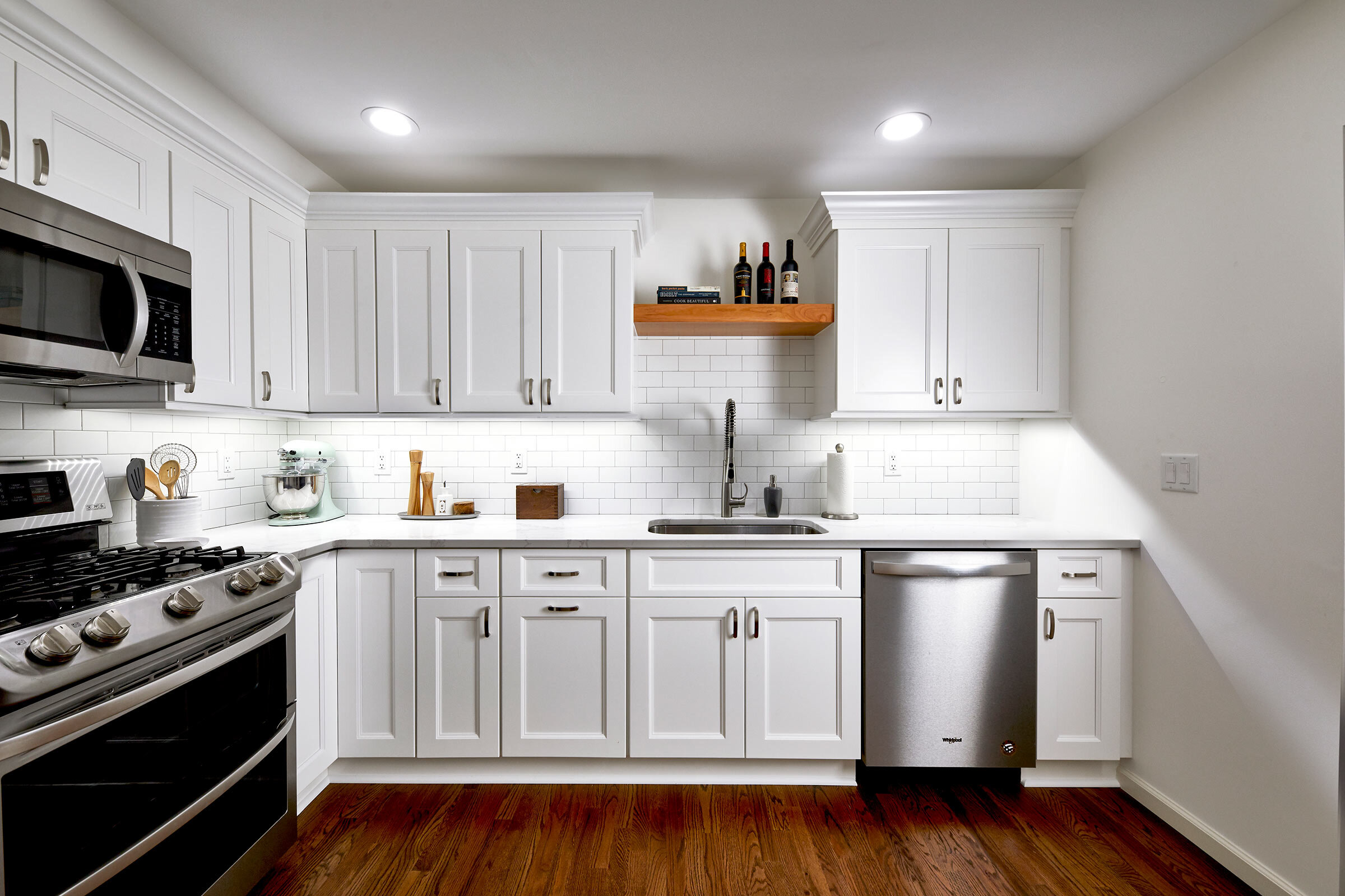 thompson-fine-home-renovations-kitchen-subway-tile-wood-2.jpg