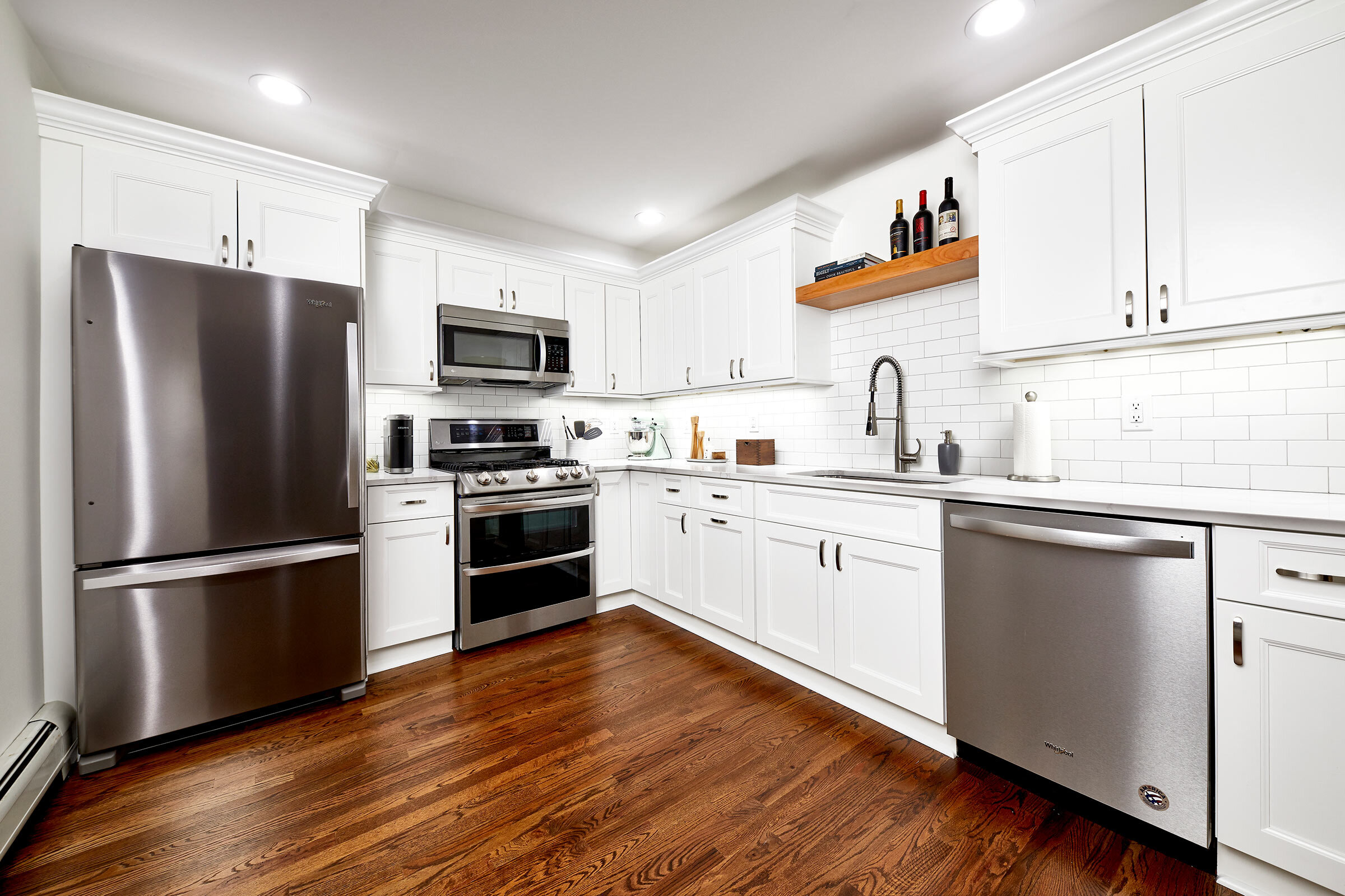 thompson-fine-home-renovations-kitchen-subway-tile-wood-1.jpg