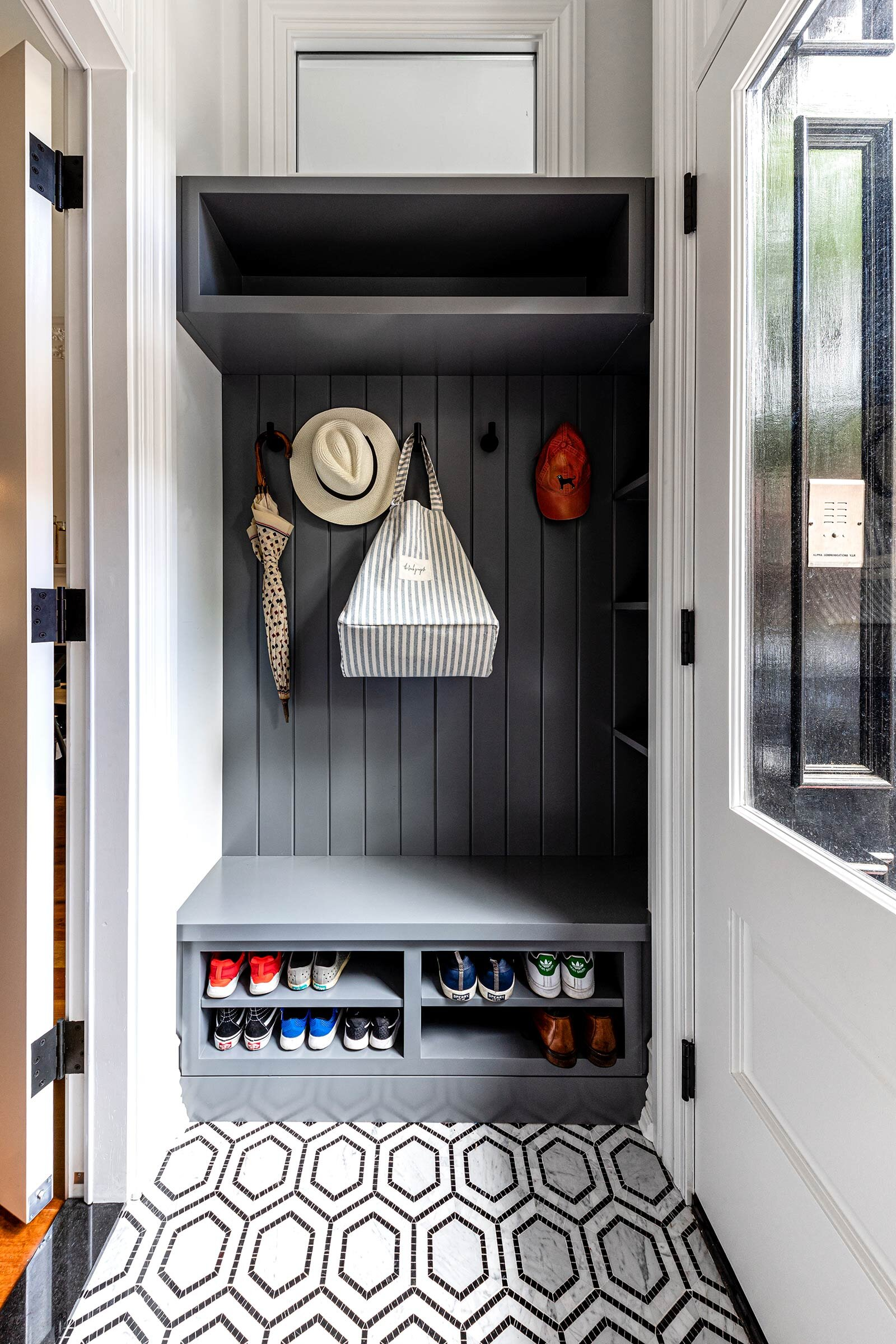 thompson-home-renovations-contractor-mudroom-vestibule-doorway-shoes.jpg