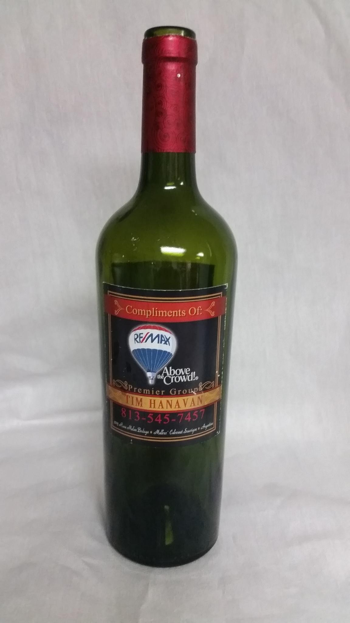 Tim-Hanavan-realtor-personalized-wine-bottle