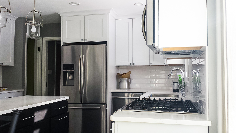 kitchen -stainlesswhite_web.jpg