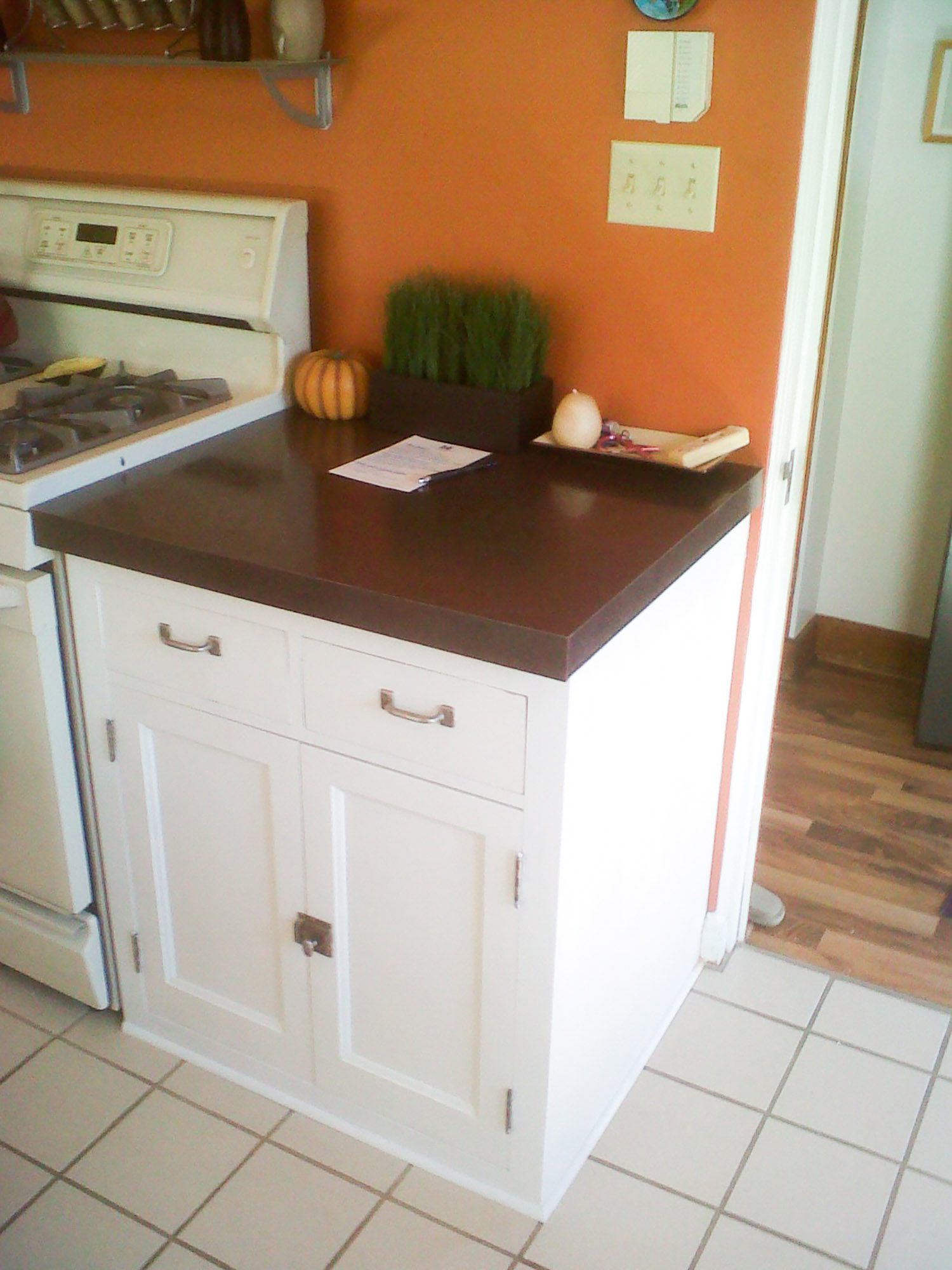 kitchen basecabinet_web.jpg