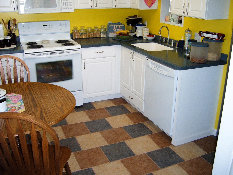 kitchen colortiles_web.jpg