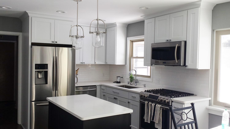 kitchen whitegranite_web.jpg