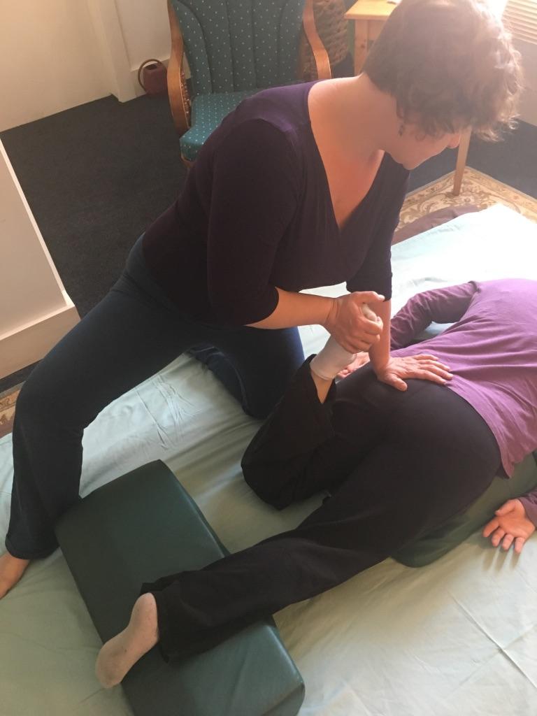 Shiatsu massage stretch in Montpelier massage office