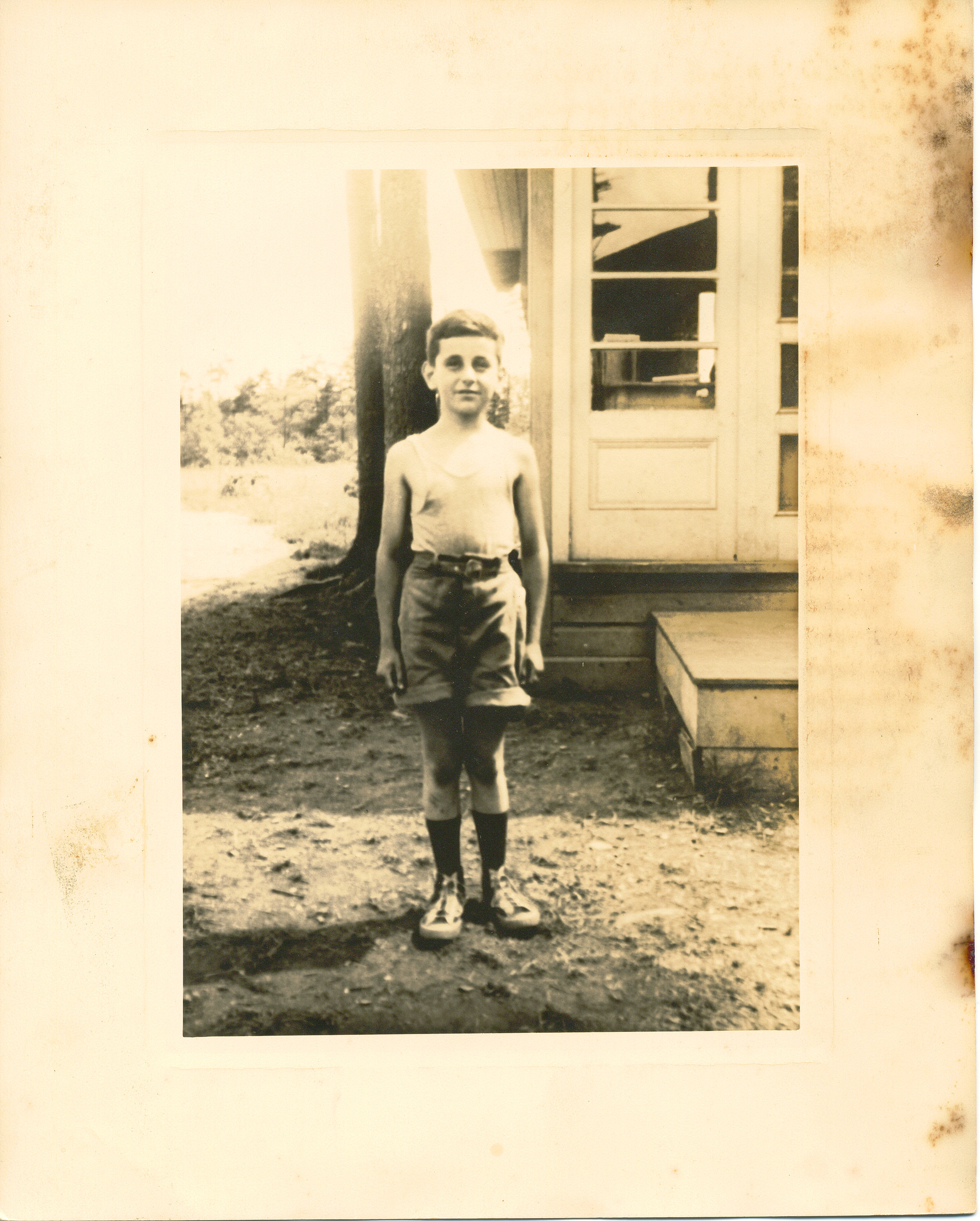 Gus Gatti at EB Camps circa 1937.jpg