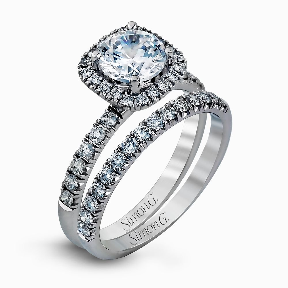 MR2132  - 0.78 ct Set In 18K White Gold.  List Price: $4,180   Our Price: $3,344 (for the set)