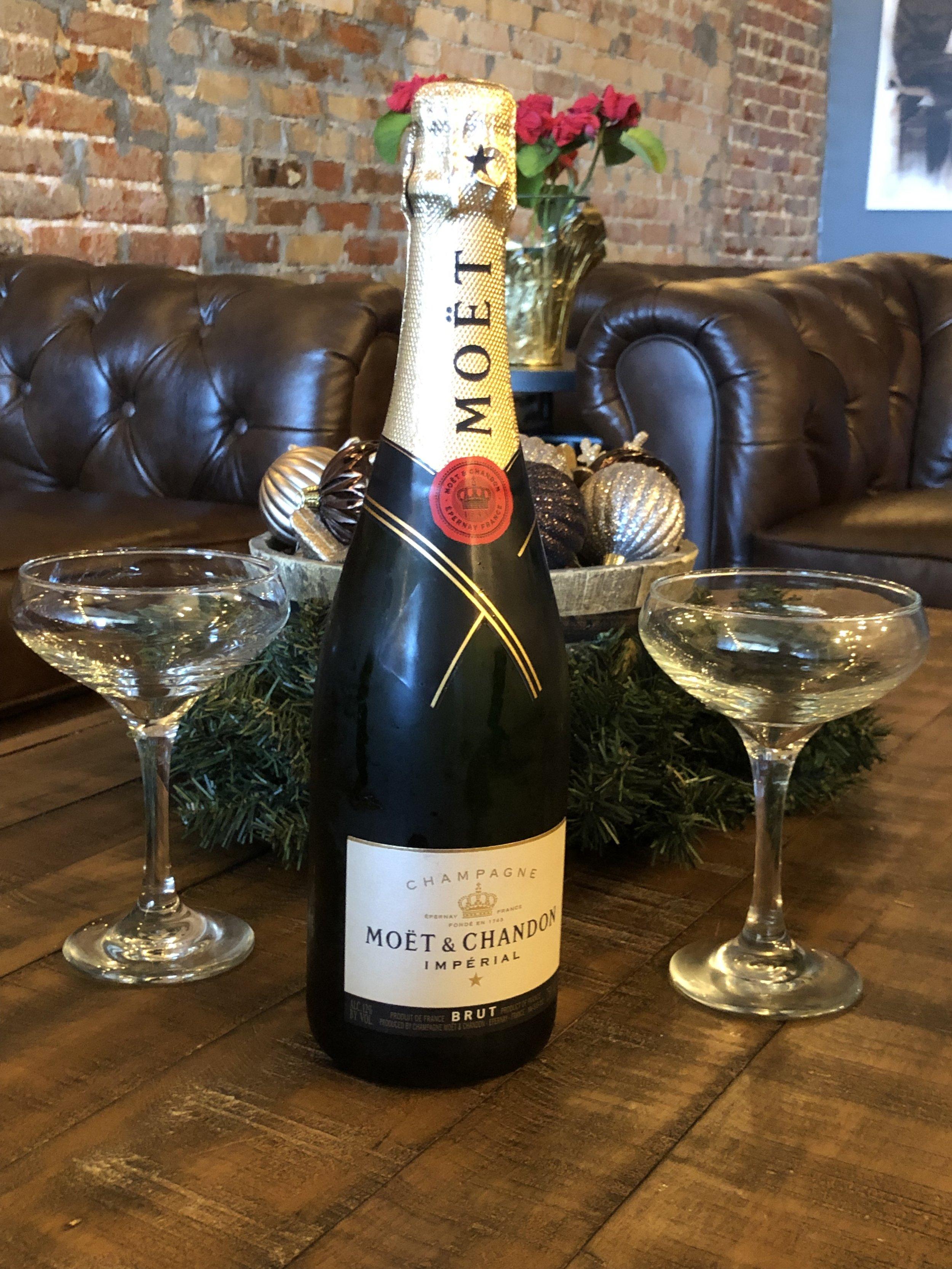 champagne.j.jpg